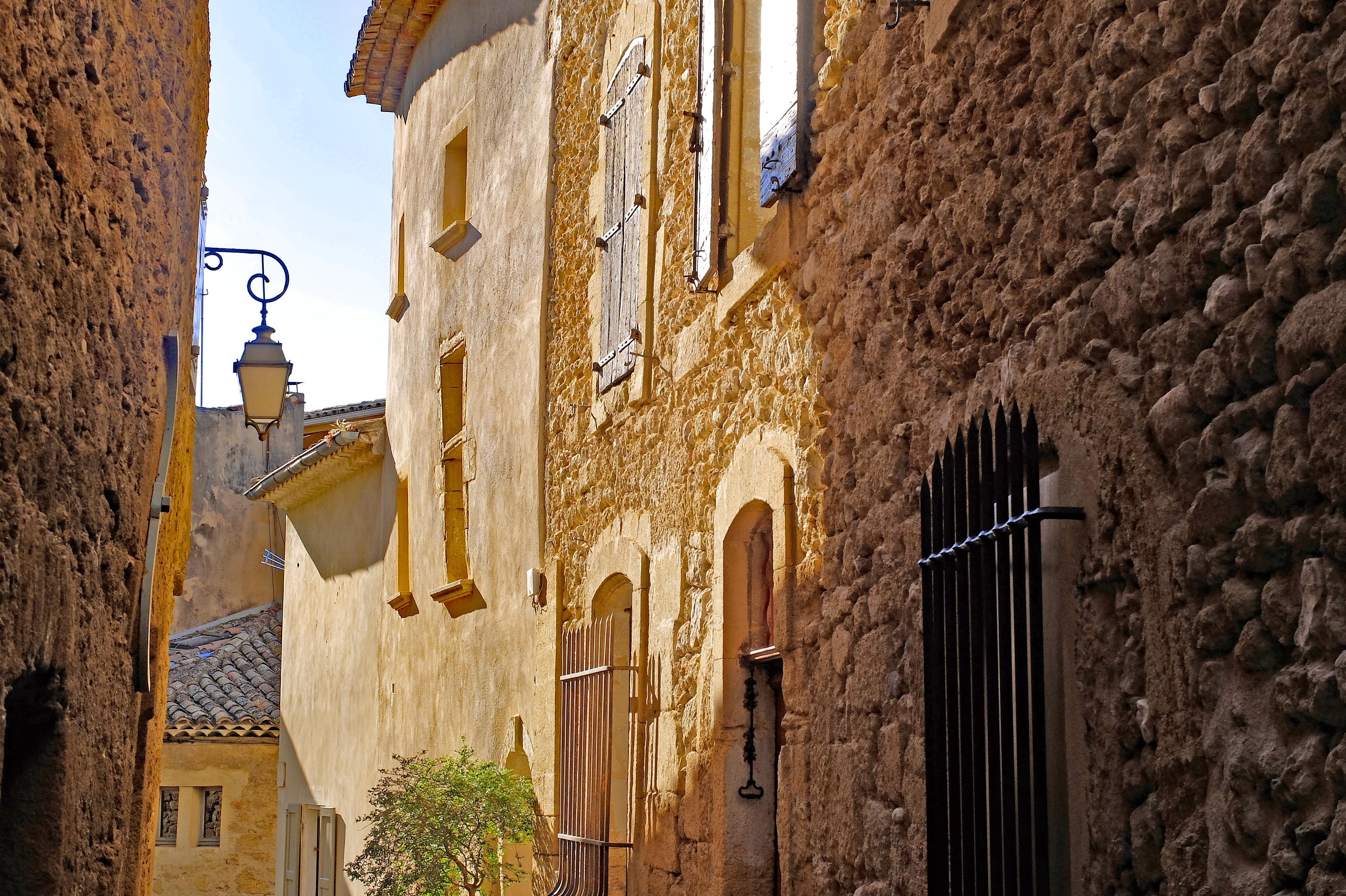 Images gratuites architecture rue maison ville b timent vieux ruelle mur pierre - Office du tourisme gordes ...