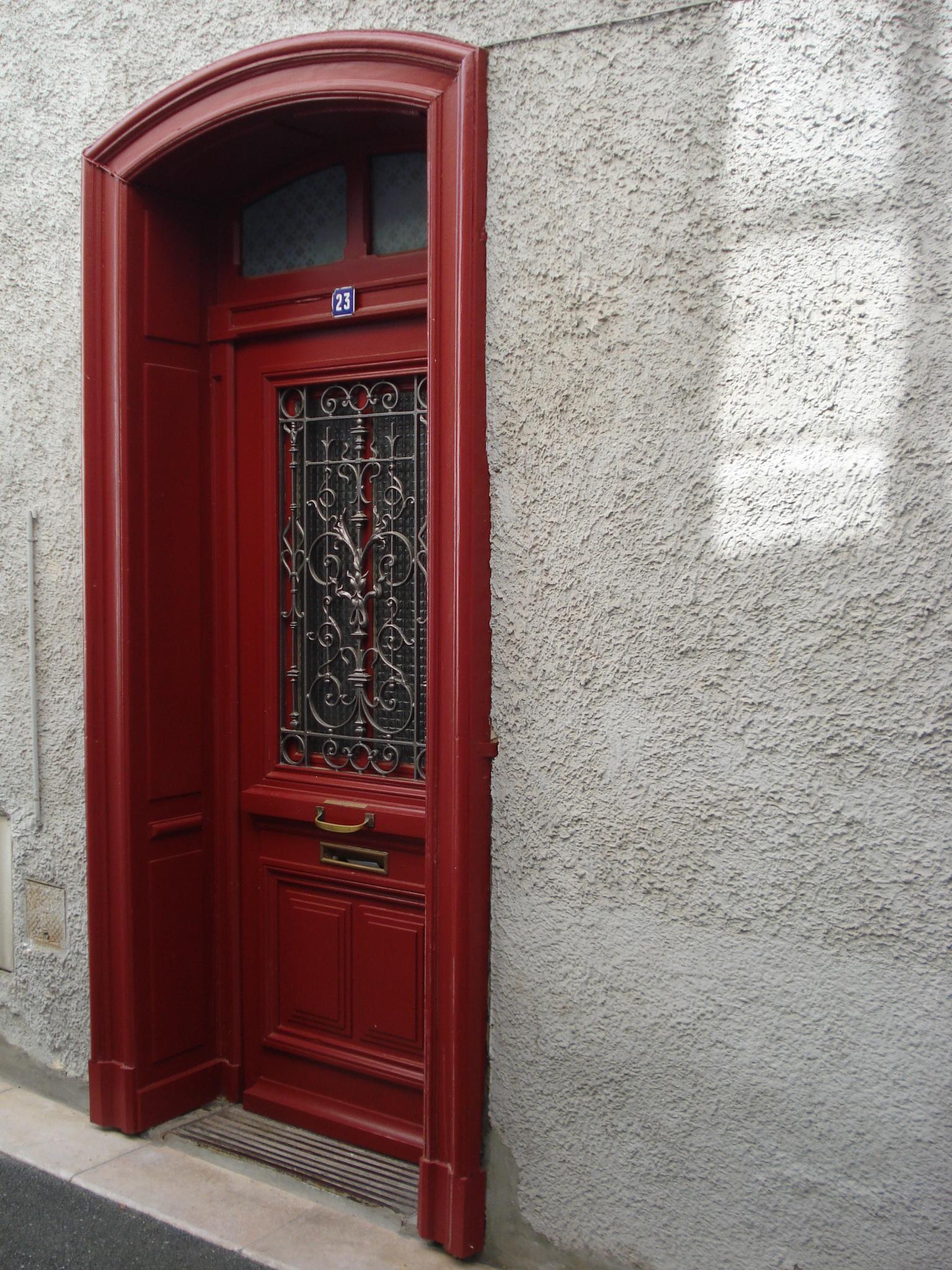 무료 이미지 : 건축물, 거리, 창문, 건물, 시티, 현관, 빨간, 정면 ...