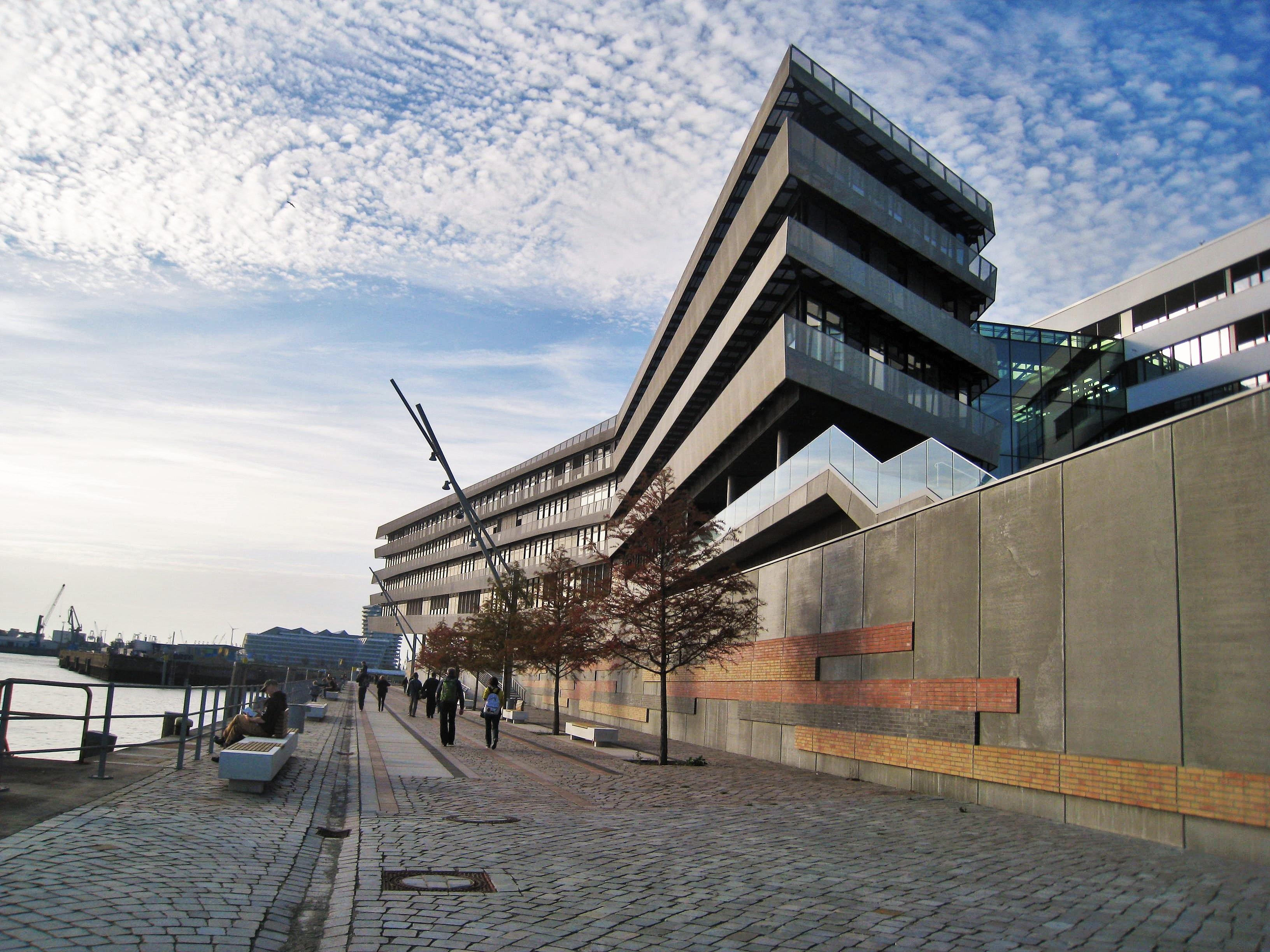 Architecture structure bâtiment construction façade moderne stade de face hambourg verre avant bâtiment universitaire université hafencity