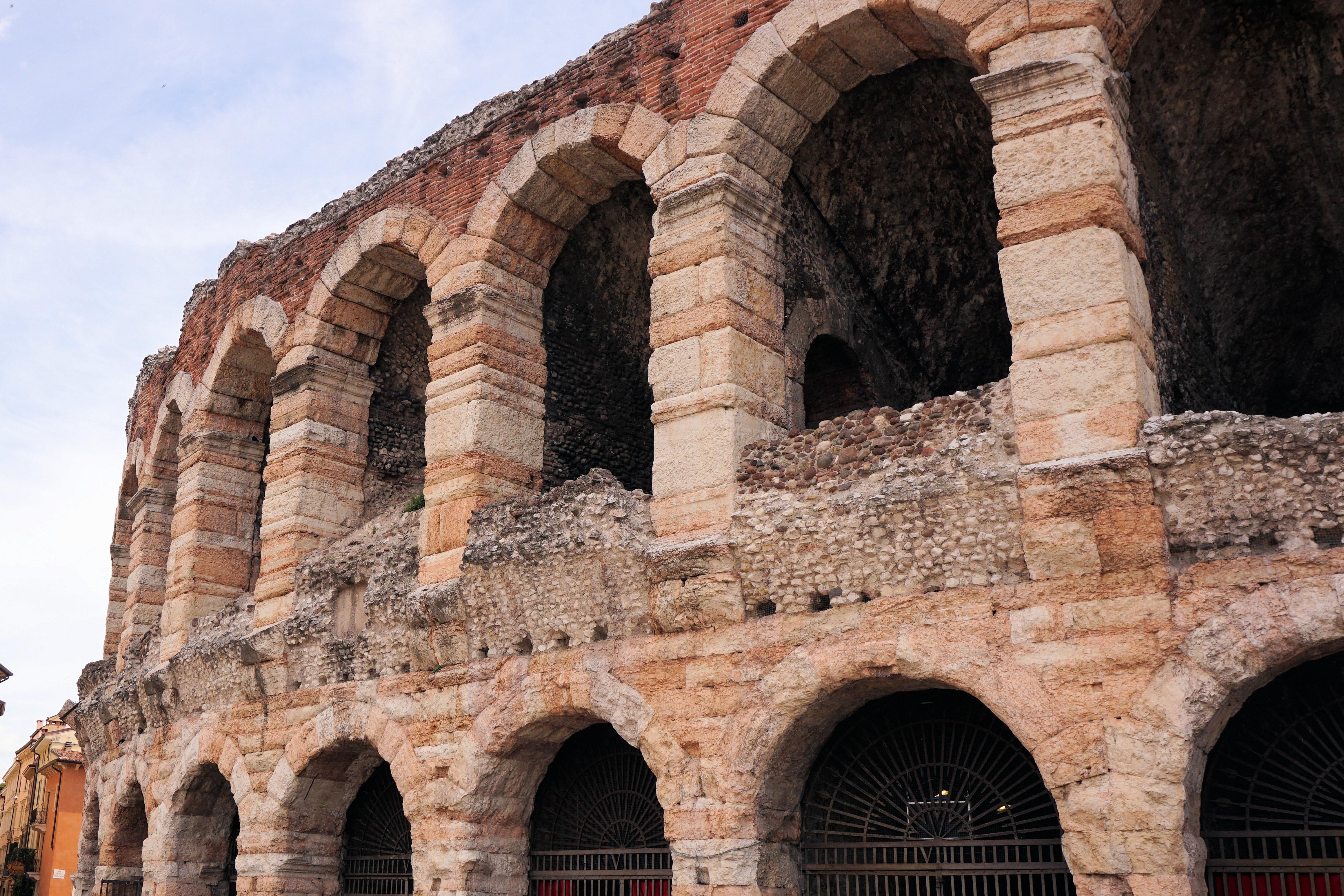 Temples of Verona. Part I 61