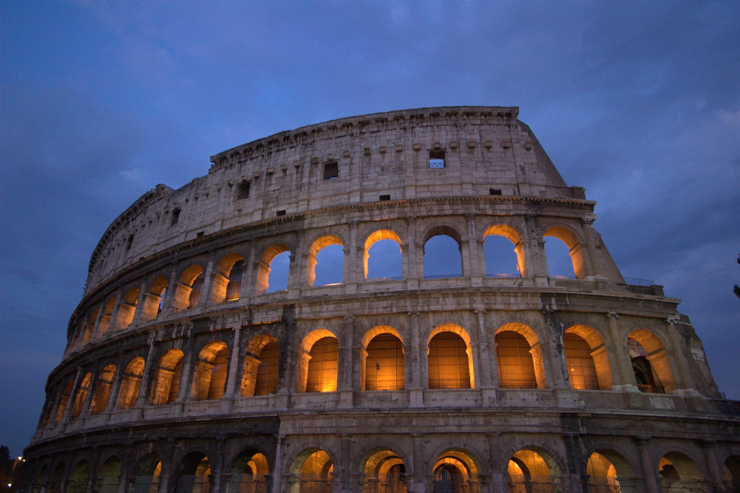 фото исторических памятников архитектуры отмечают