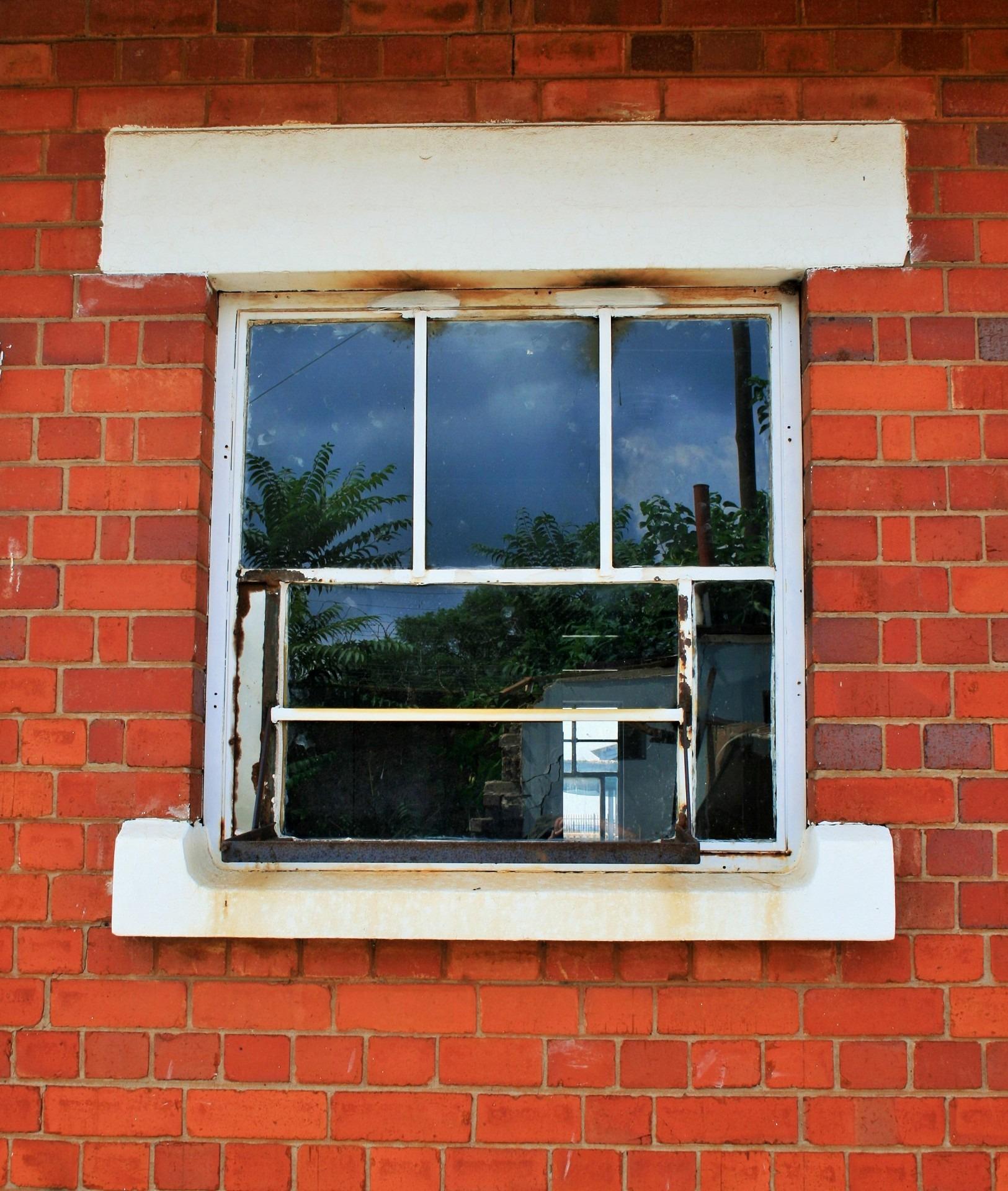 무료 이미지 : 건축물, 구조, 목재, 창문, 건물, 발코니, 구성 ...