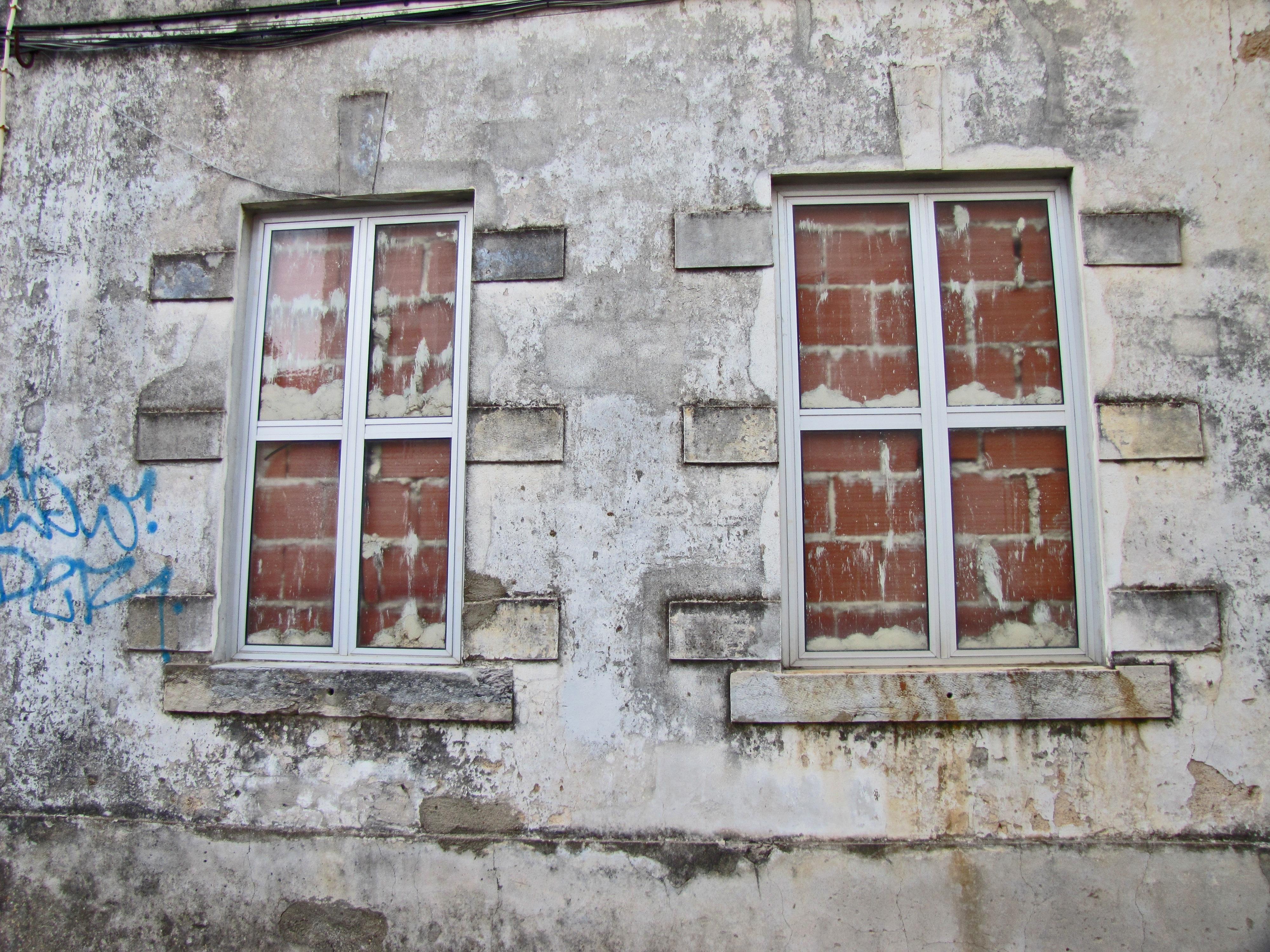 Images Gratuites : architecture, structure, bois, rue, fenêtre ...