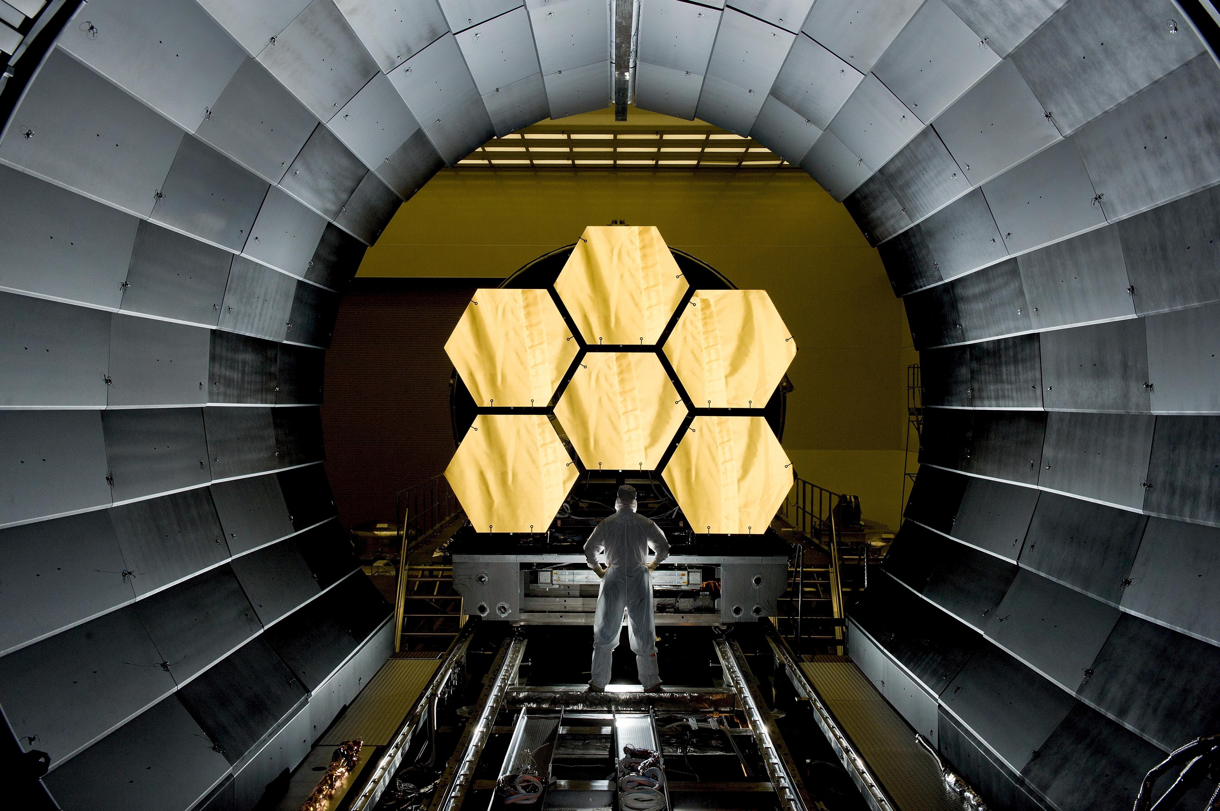 Fotoğraf mimari teknoloji evren teleskop boşluk oda