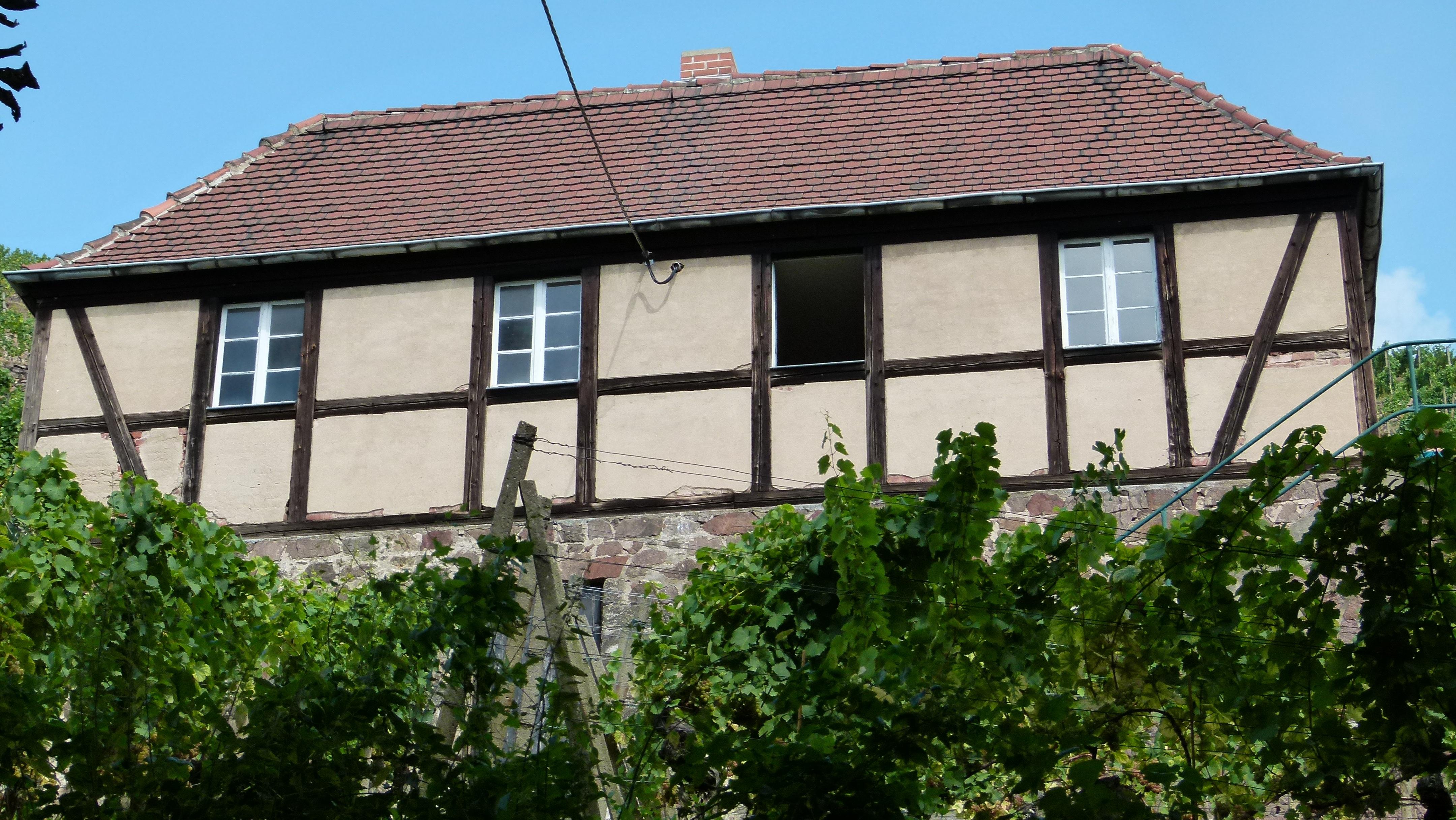 Fotos gratis : arquitectura, villa, casa, ventana, techo, edificio ...