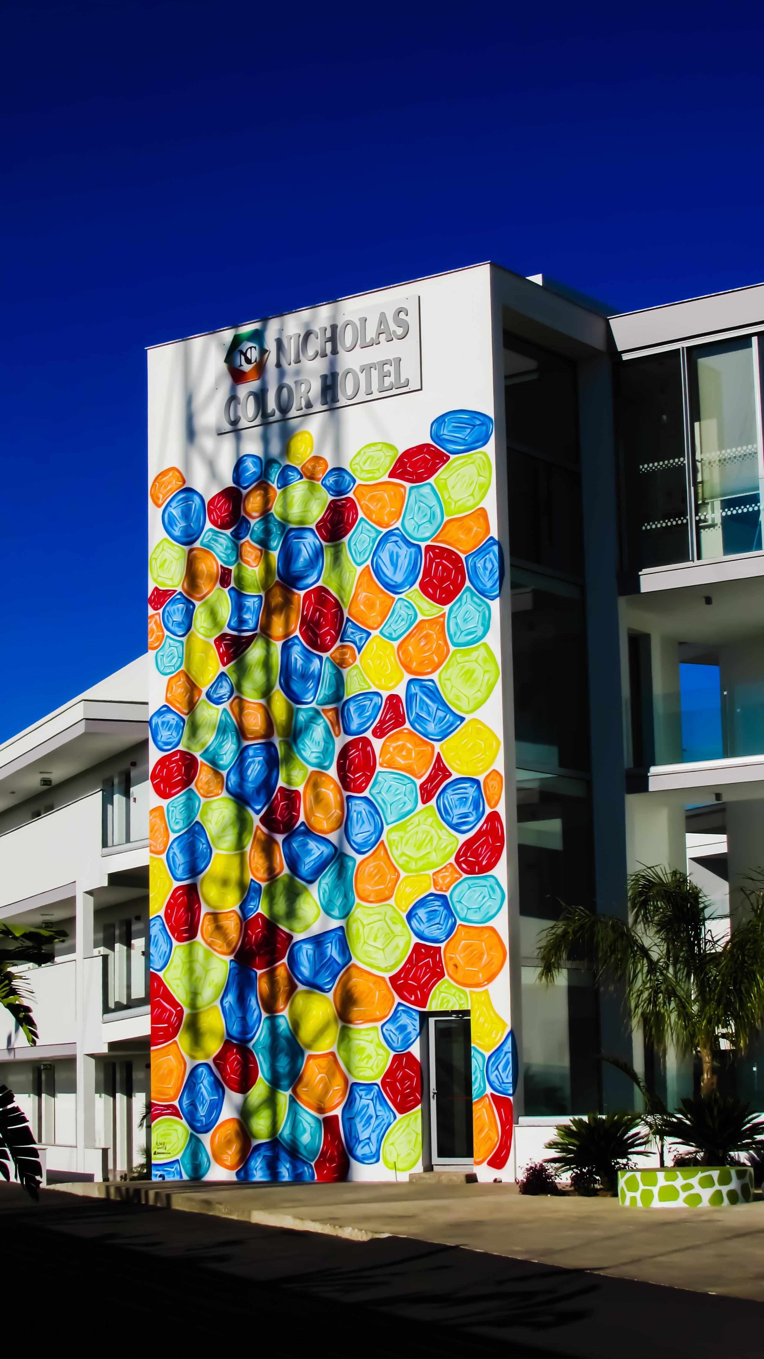 Architecture mur la publicité couleur façade graffiti signalisation moderne design dintérieur art conception un
