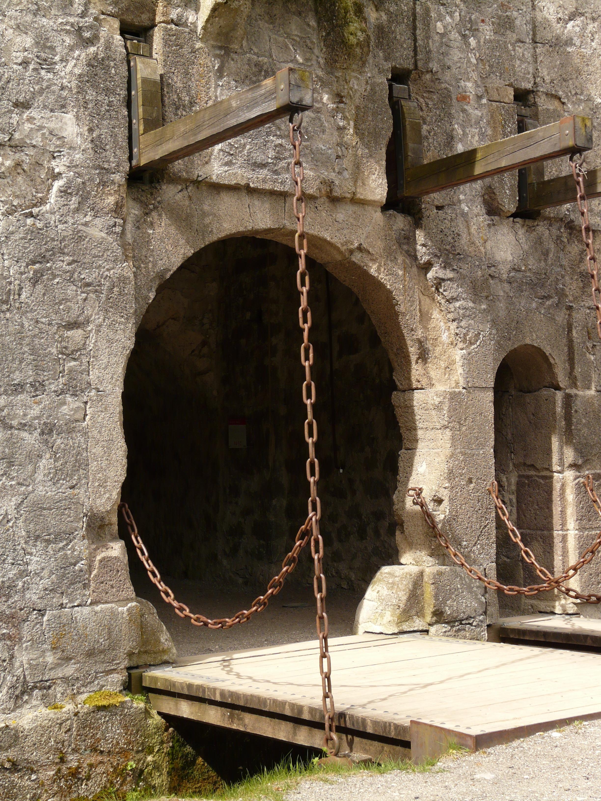 александра подъемные мосты замков картинки принес чай подарок