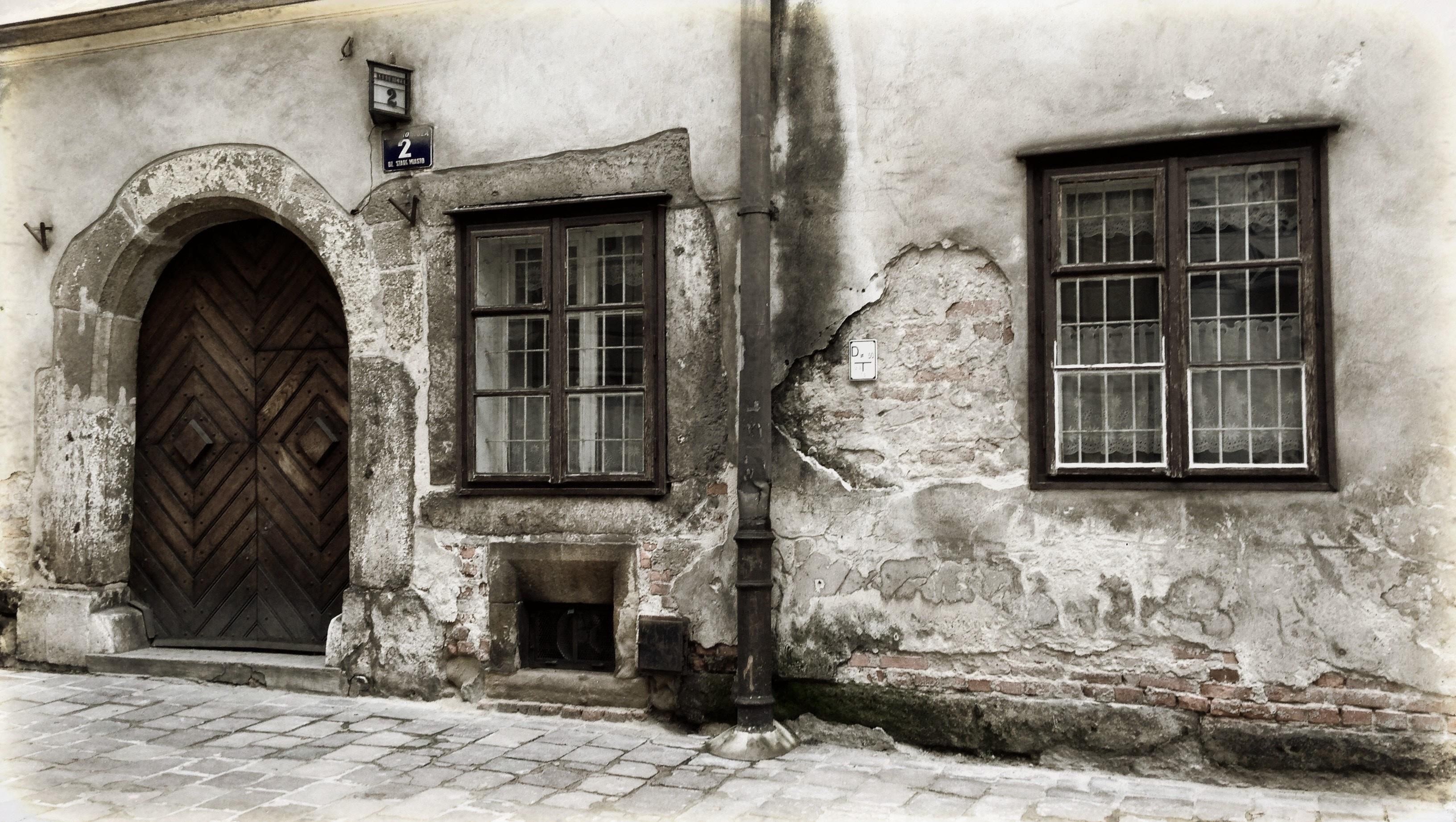 Fotos gratis arquitectura blanco calle palacio for Puerta casa antigua