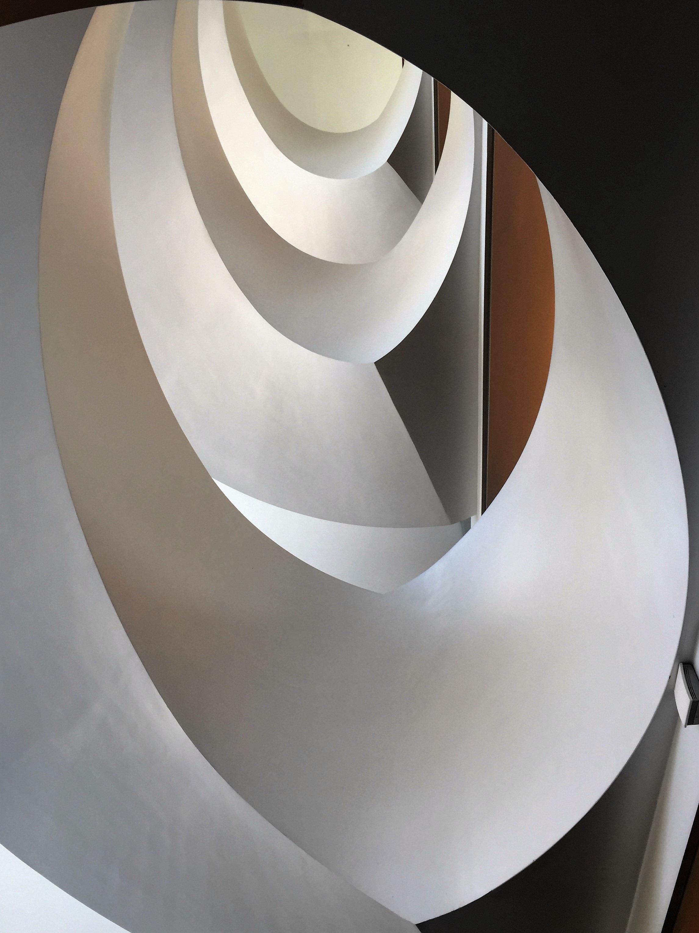 무료 이미지 : 건축물, 화이트, 바퀴, 나선, 건물, 계단, 천장 ...