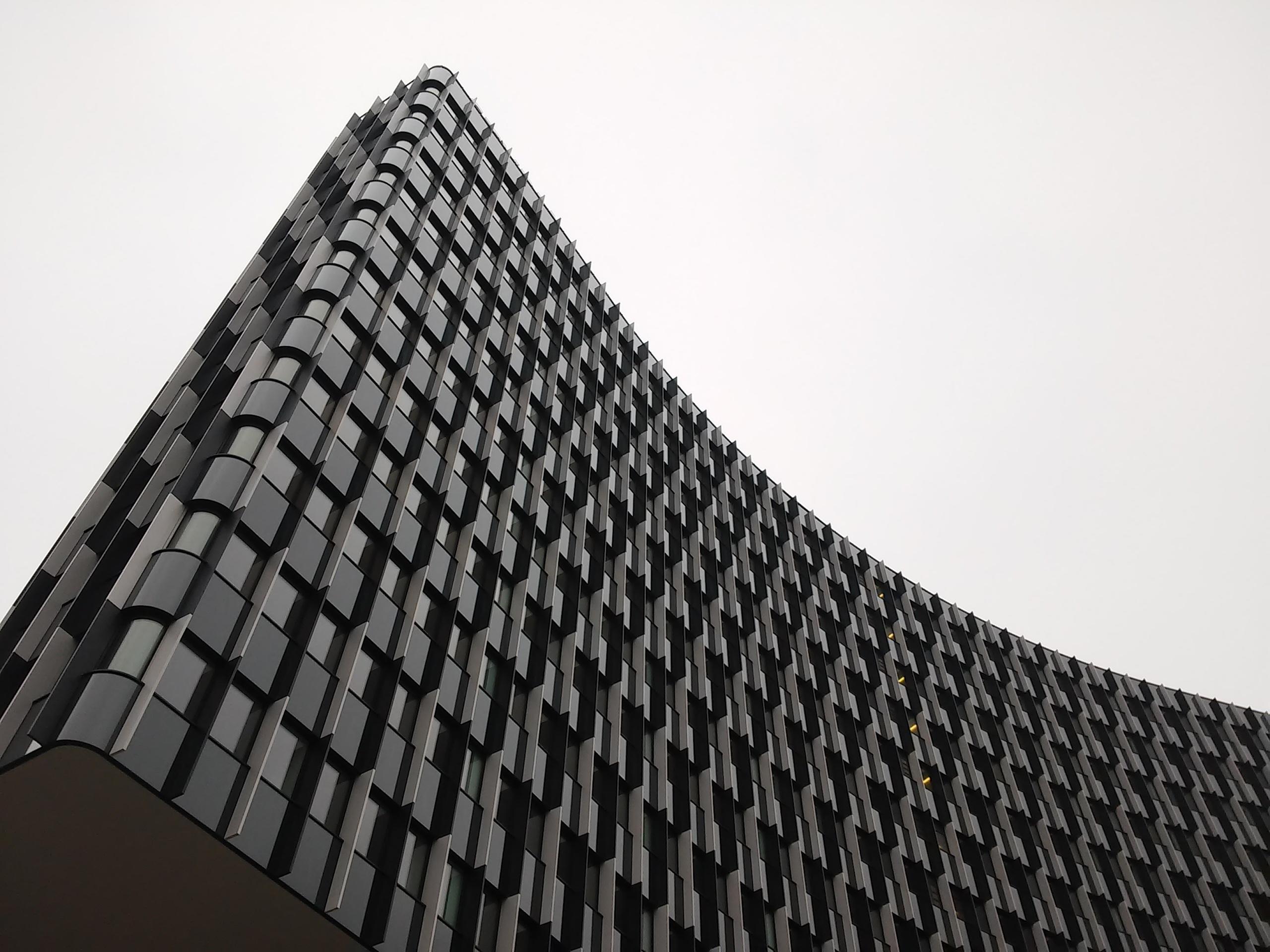 kostenlose foto die architektur wei fenster dach geb ude wolkenkratzer muster linie. Black Bedroom Furniture Sets. Home Design Ideas