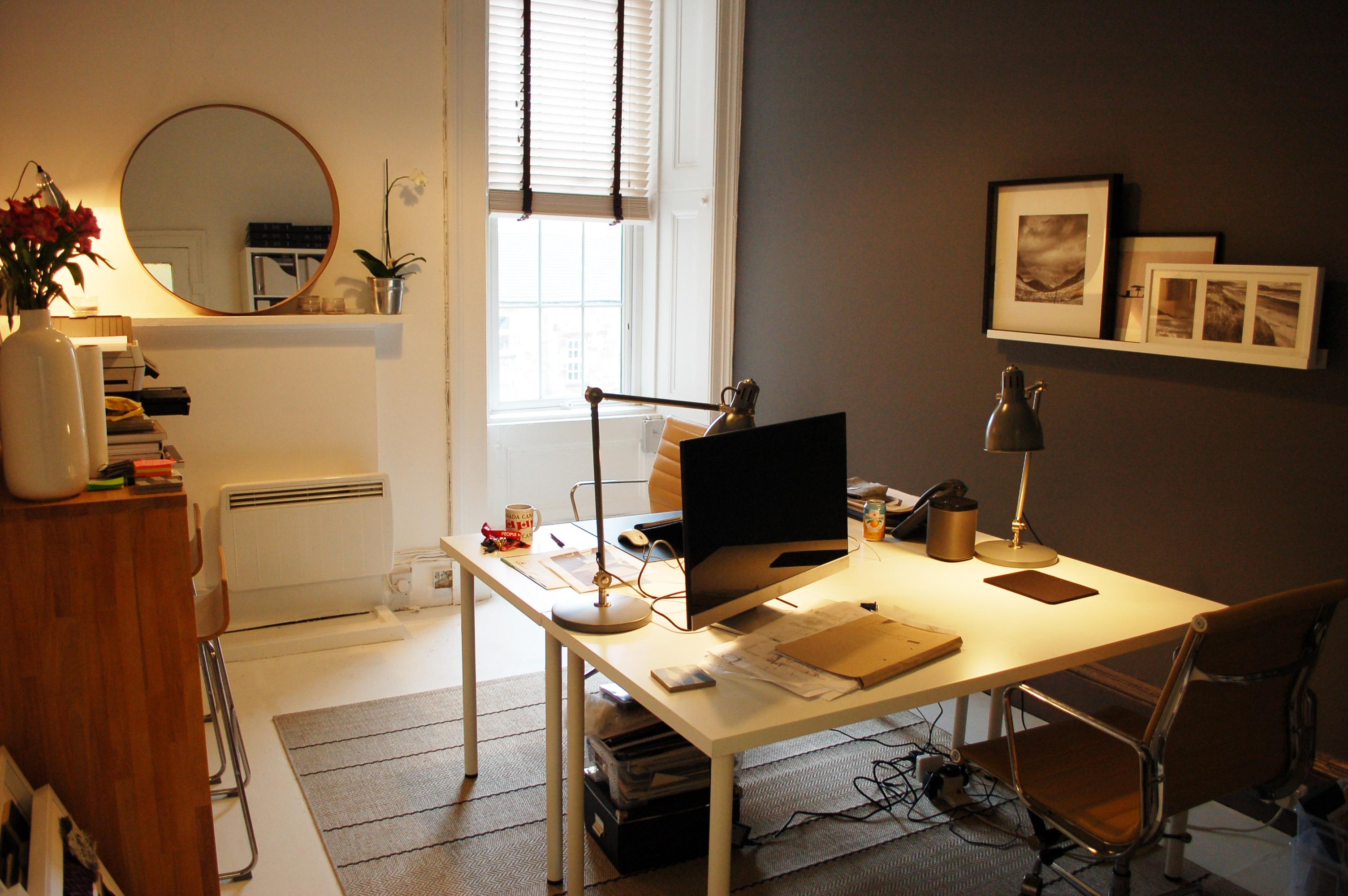 Fotos gratis arquitectura ventana edificio ciudad for Diseno de interiores para oficinas pequenas