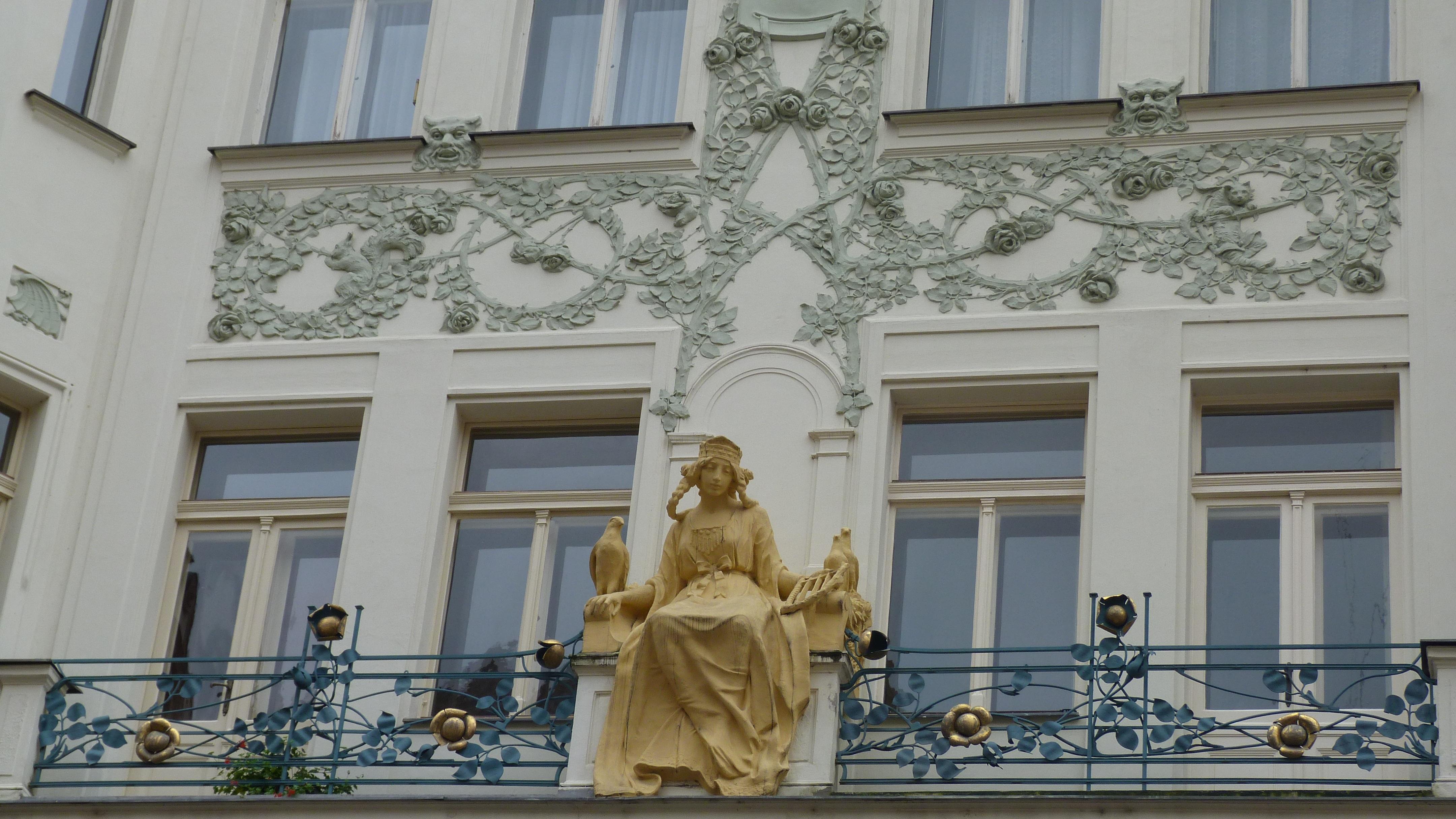 Images gratuites architecture fen tre b timent palais for Decoration facade fenetre
