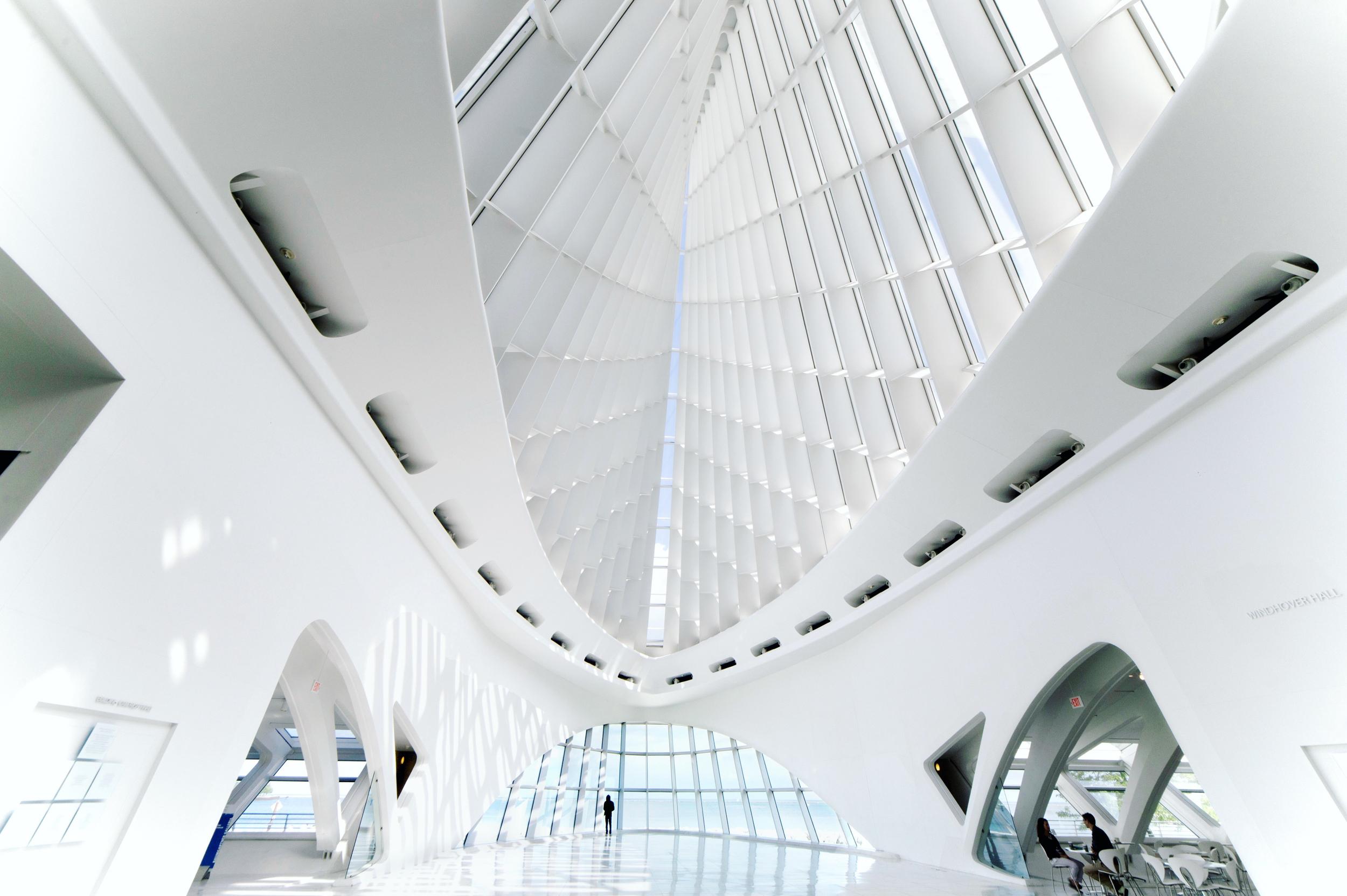 무료 이미지 : 건축물, 창문, 천장, 실내의, 조명, 현대, 인테리어 ...