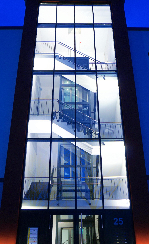 Fotos gratis arquitectura vaso casa escalera alto for Foto casa gratis