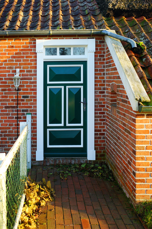 Fotos gratis arquitectura antiguo ventana techo for Puertas para patio interior