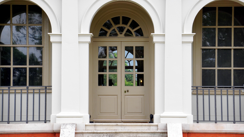 Fotos gratis arquitectura madera antiguo edificio for Diseno de interiores clasico