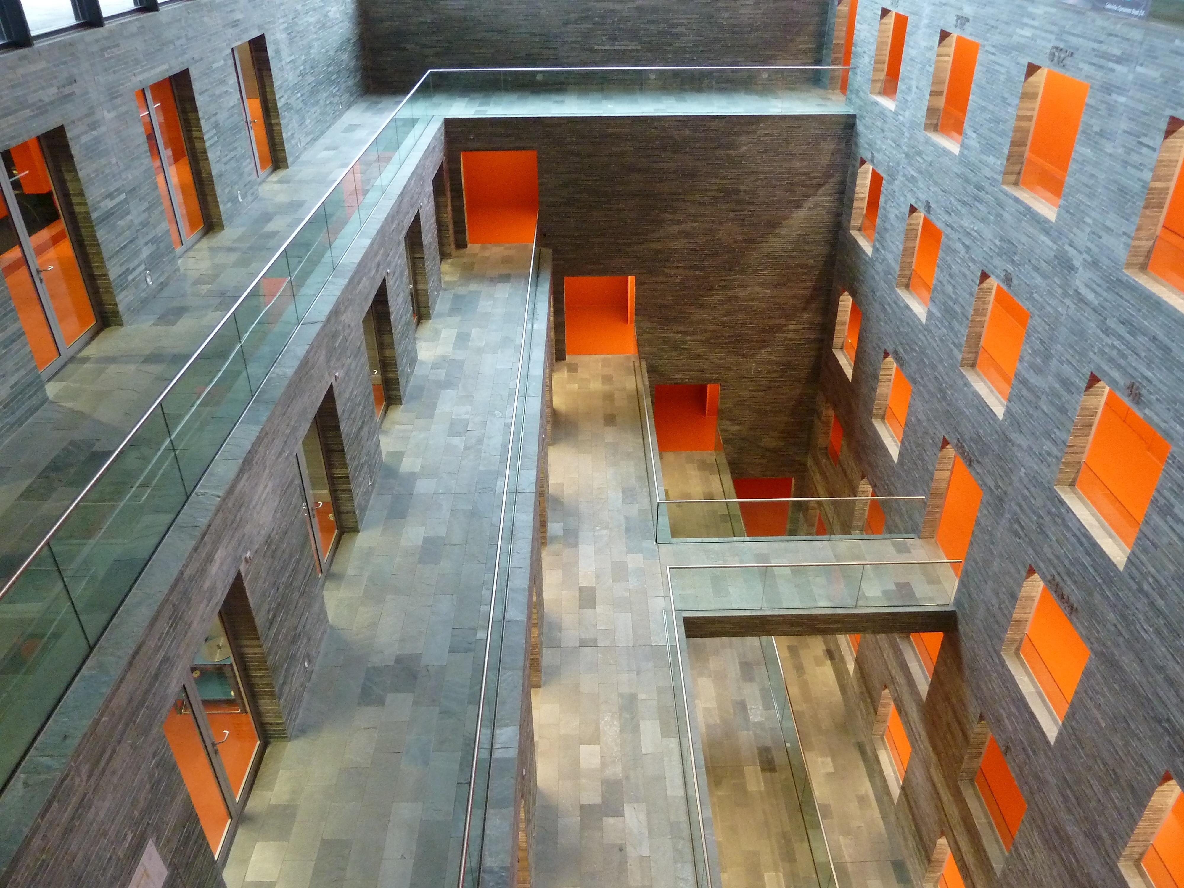 Gratis Afbeeldingen : architectuur, hout, huis, verdieping ...