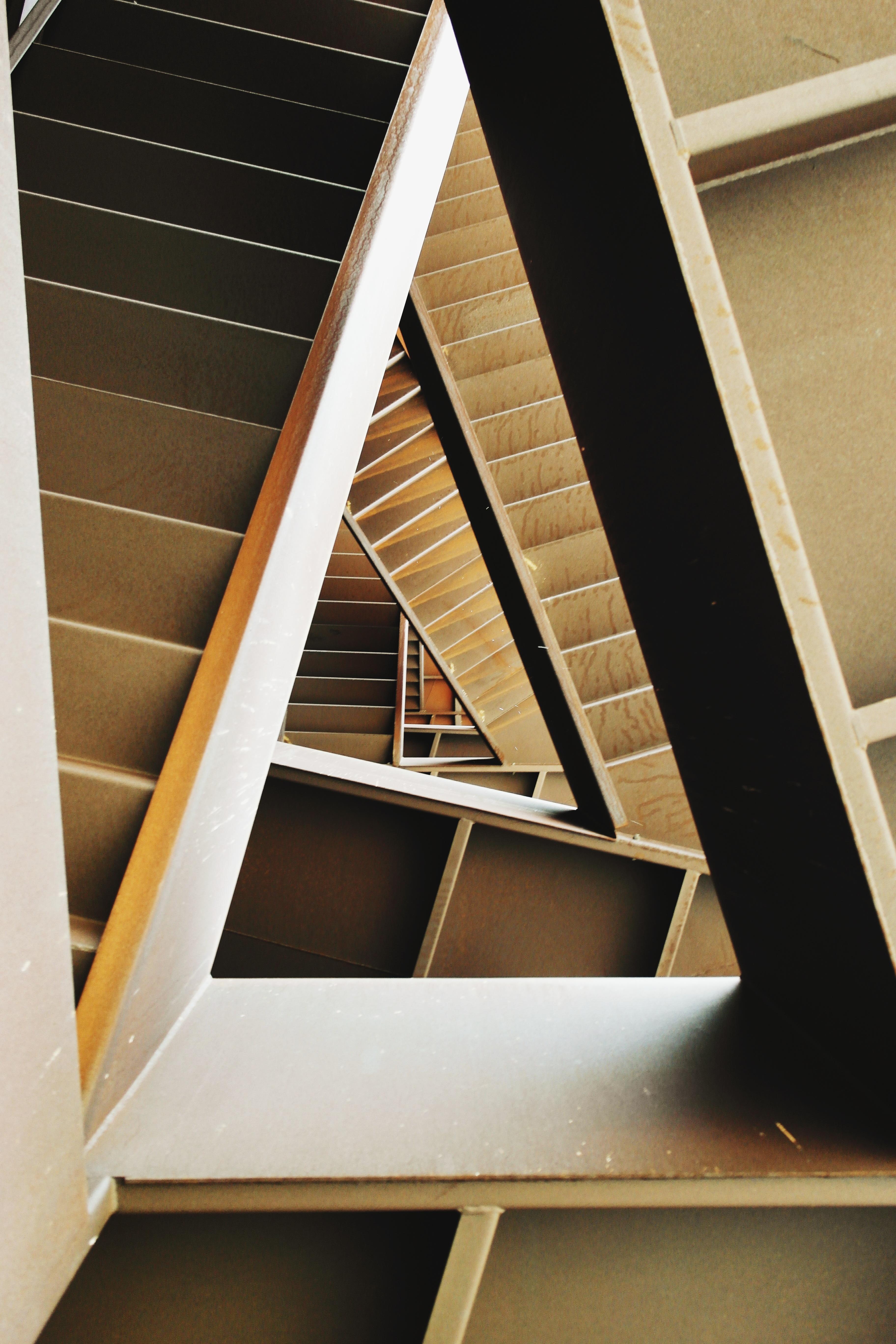 무료 이미지 : 건축물, 목재, 집, 바닥, 창문, 벽, 천장, 방, 애틱 ...