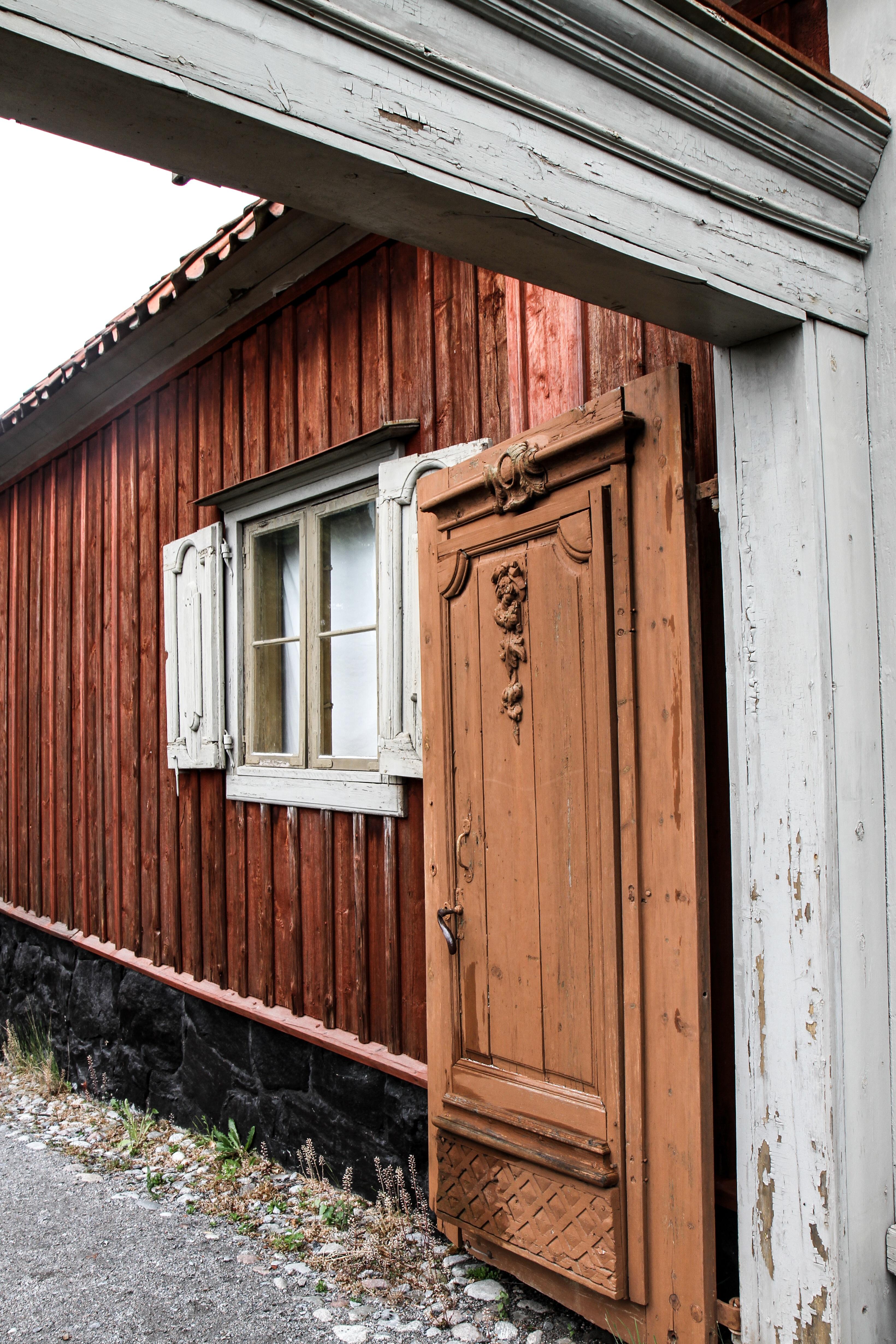 Cocheras de madera casetas y cabaas de jardn ms baratas for Cobertizos y casetas