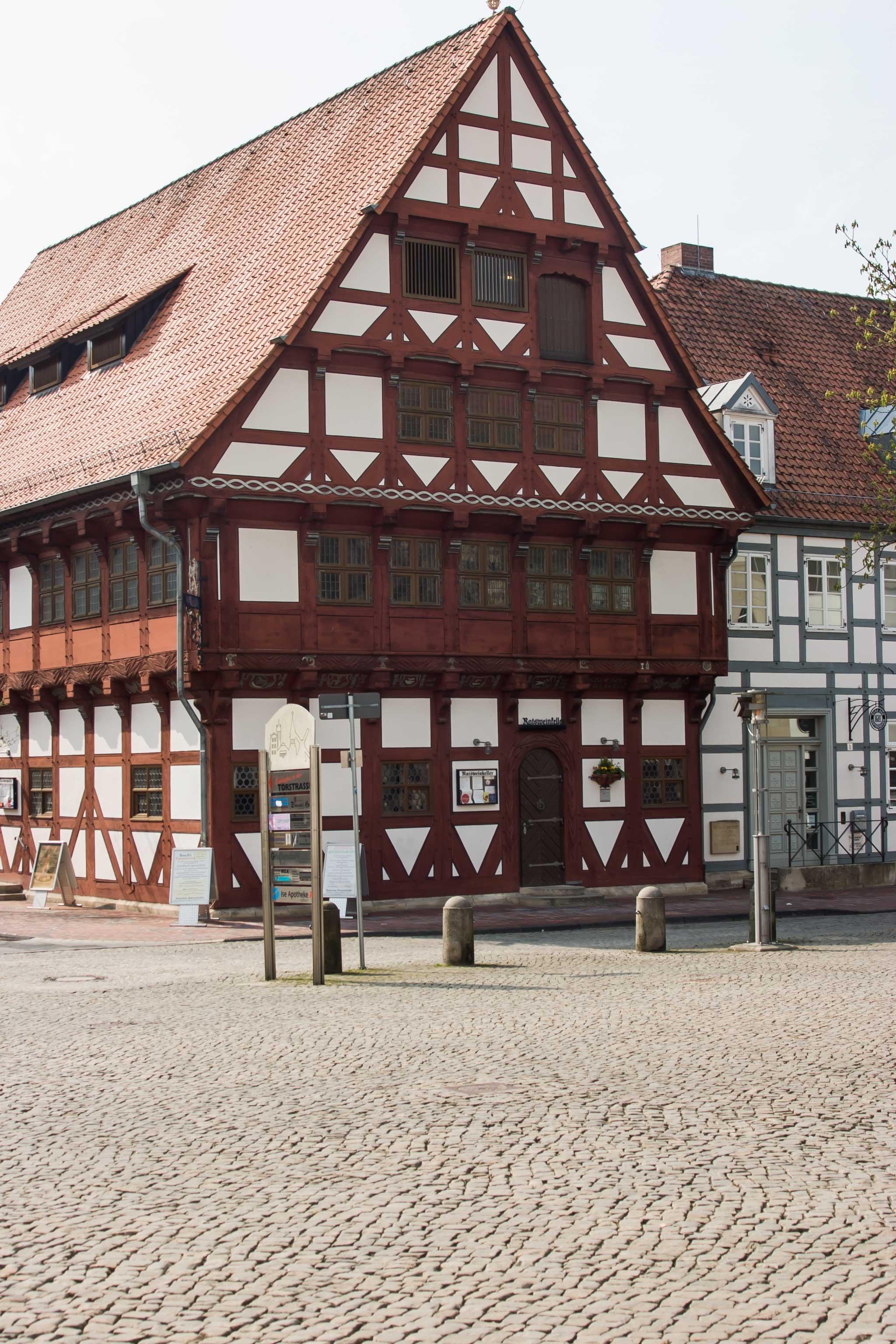 Fotos gratis : arquitectura, casa, ventana, techo, edificio, antiguo ...