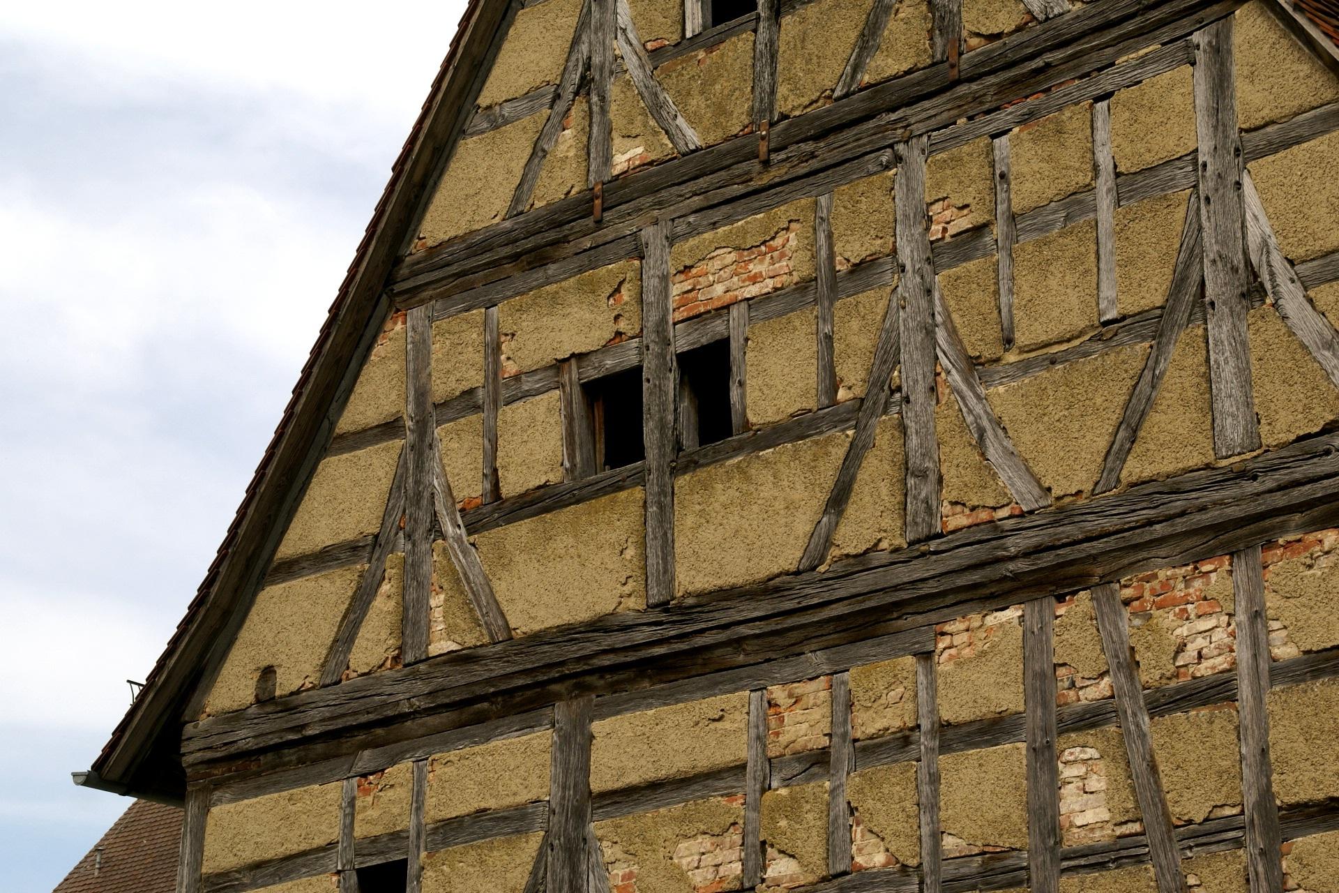 археологи фото фронтон немецких домов вторую