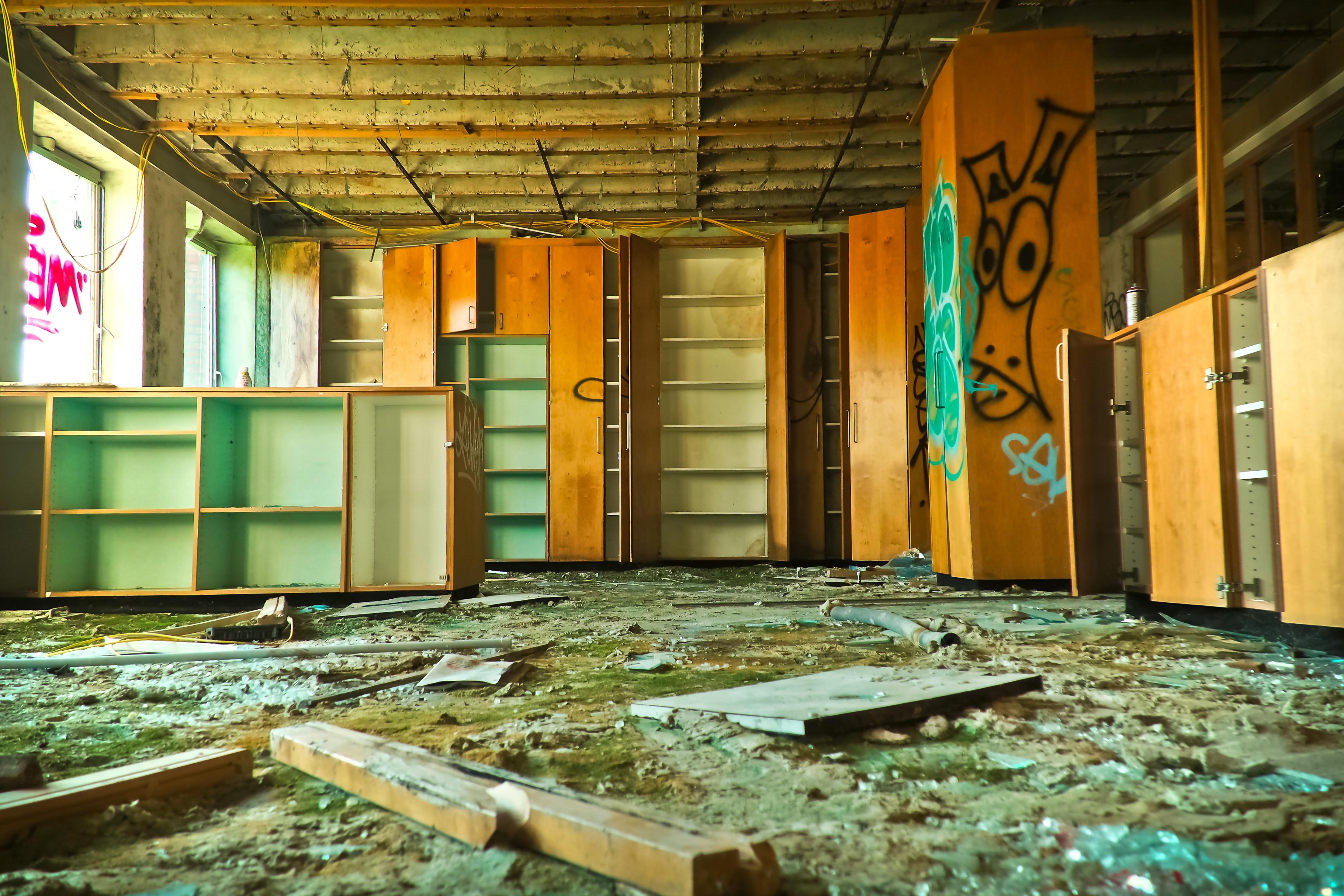 Kostenlose foto : die Architektur, Holz, Villa, Haus, Stock, Fenster ...