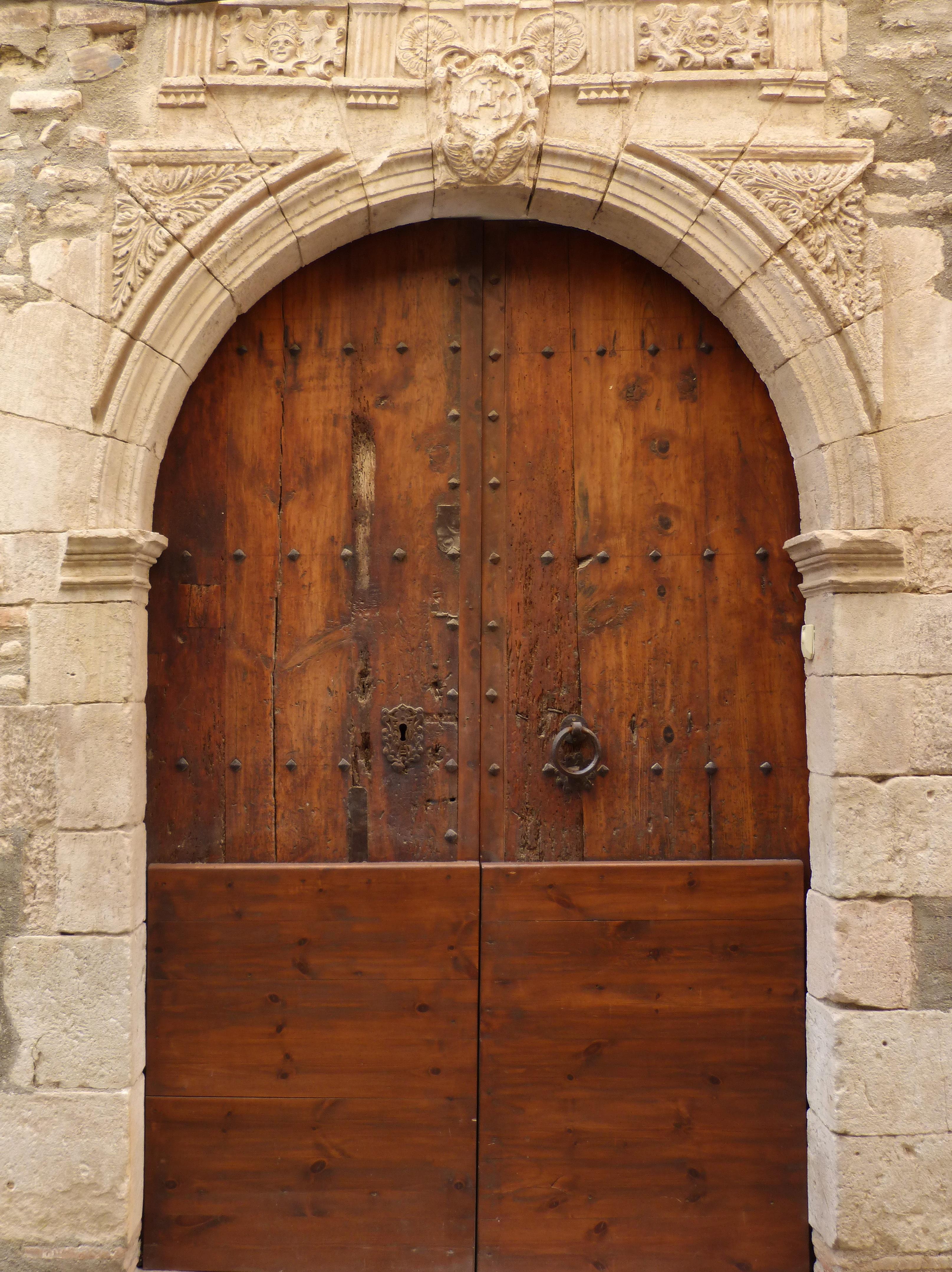 Fotos gratis arquitectura madera antiguo arco mueble for Arcos de madera para puertas