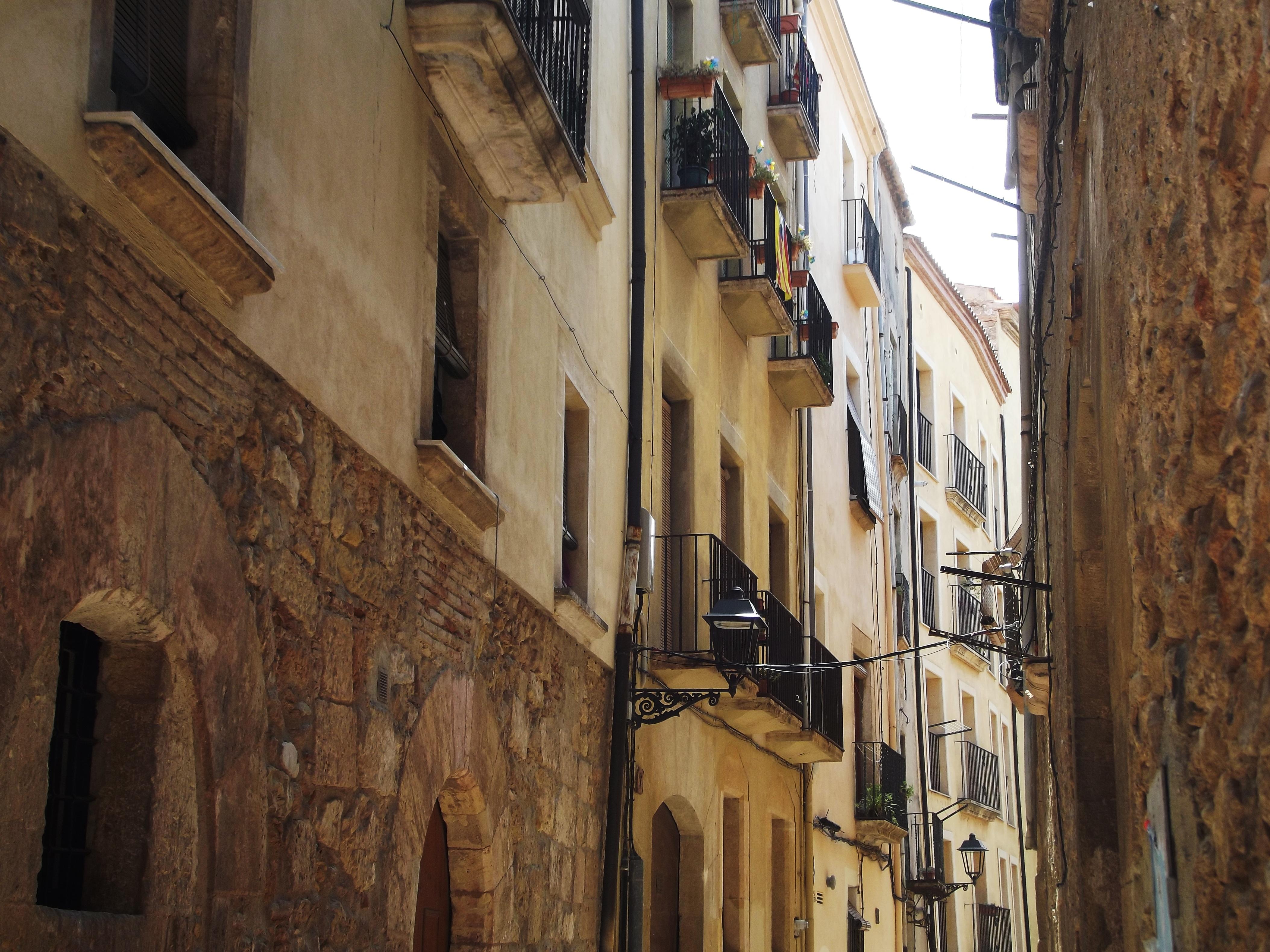 Fotos gratis arquitectura madera la carretera calle - Casas gratis en pueblos de espana ...