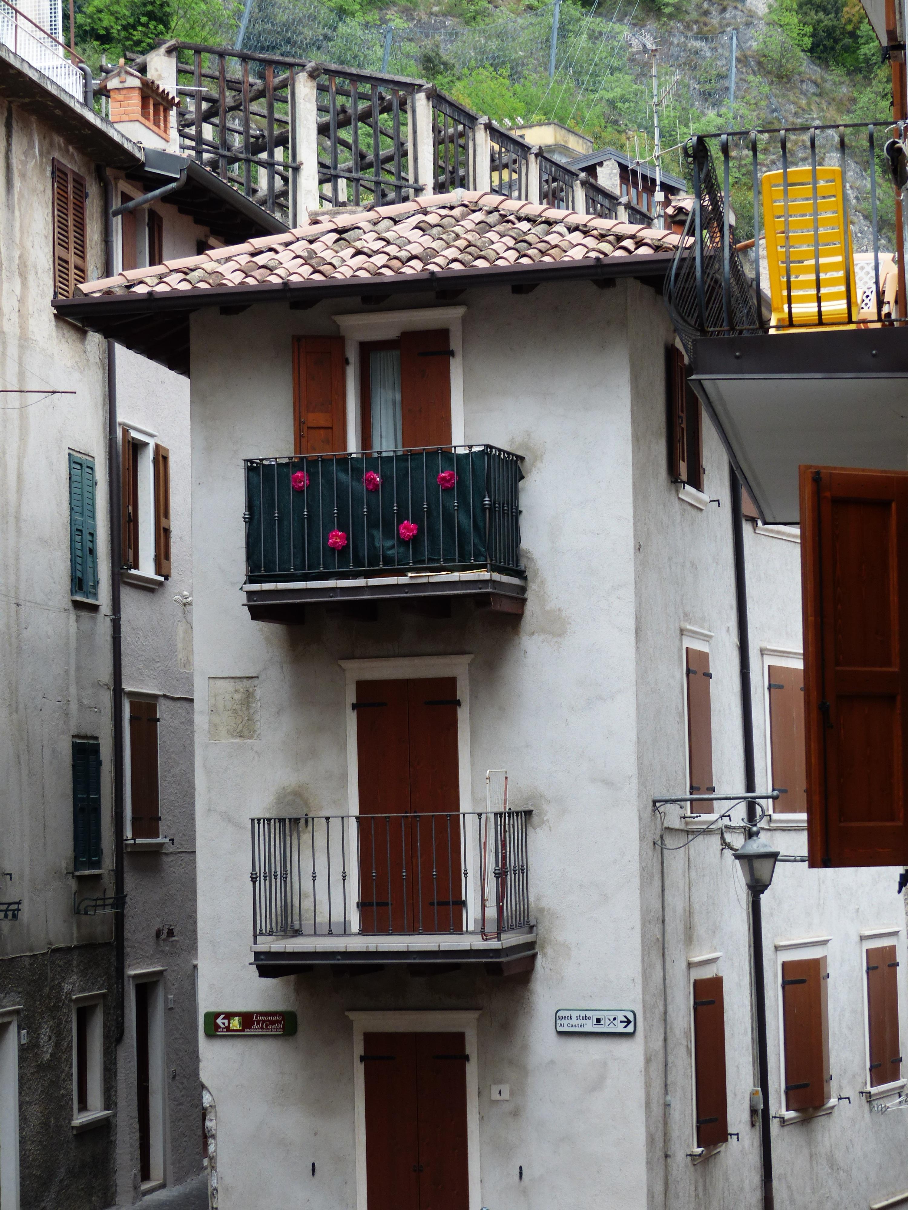 Bildet Arkitektur Tre Vei Gate Hus Vindu By Bygning Hjem
