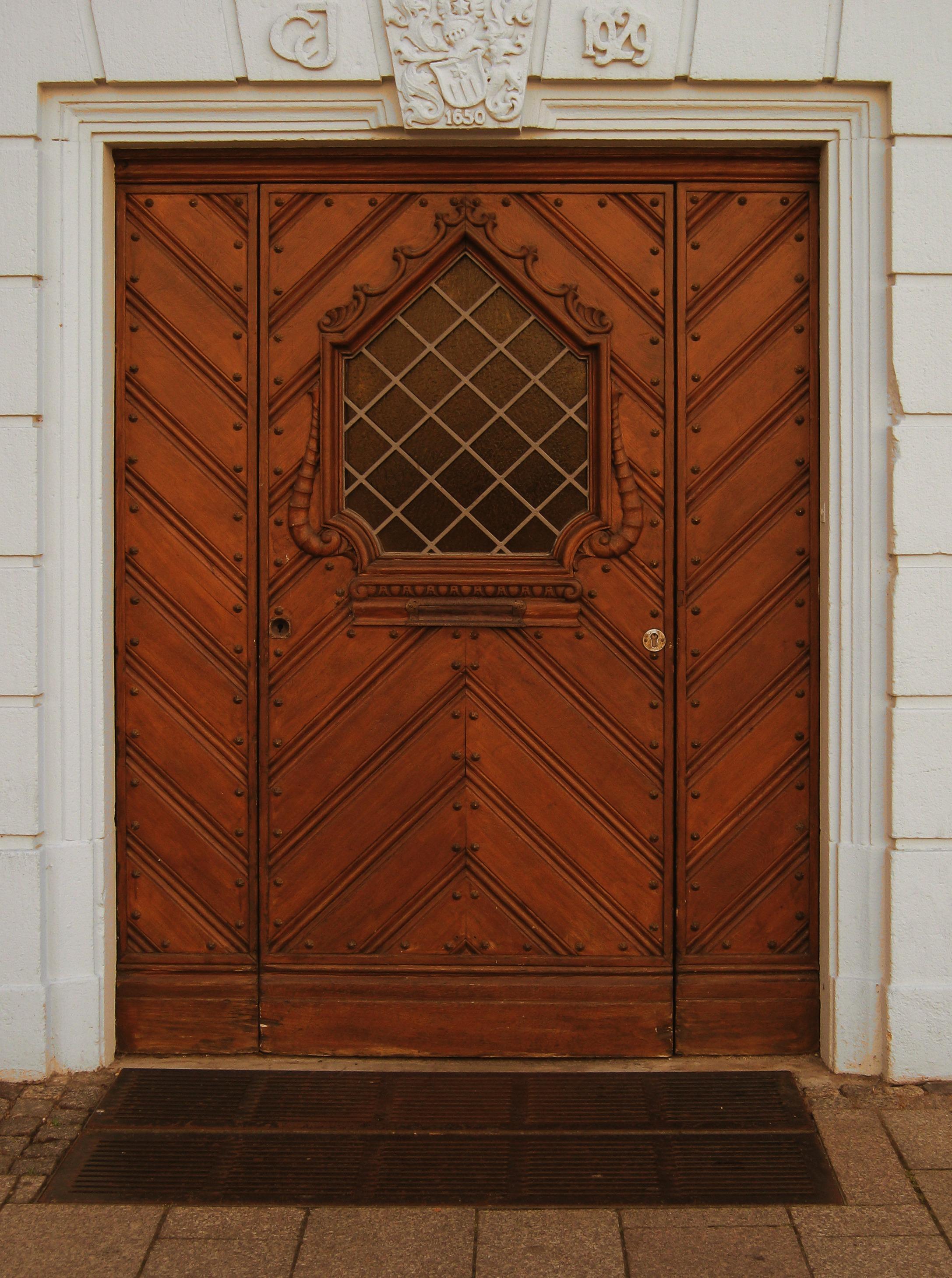 Vieux Portail En Bois images gratuites : architecture, bois, fenêtre, bâtiment