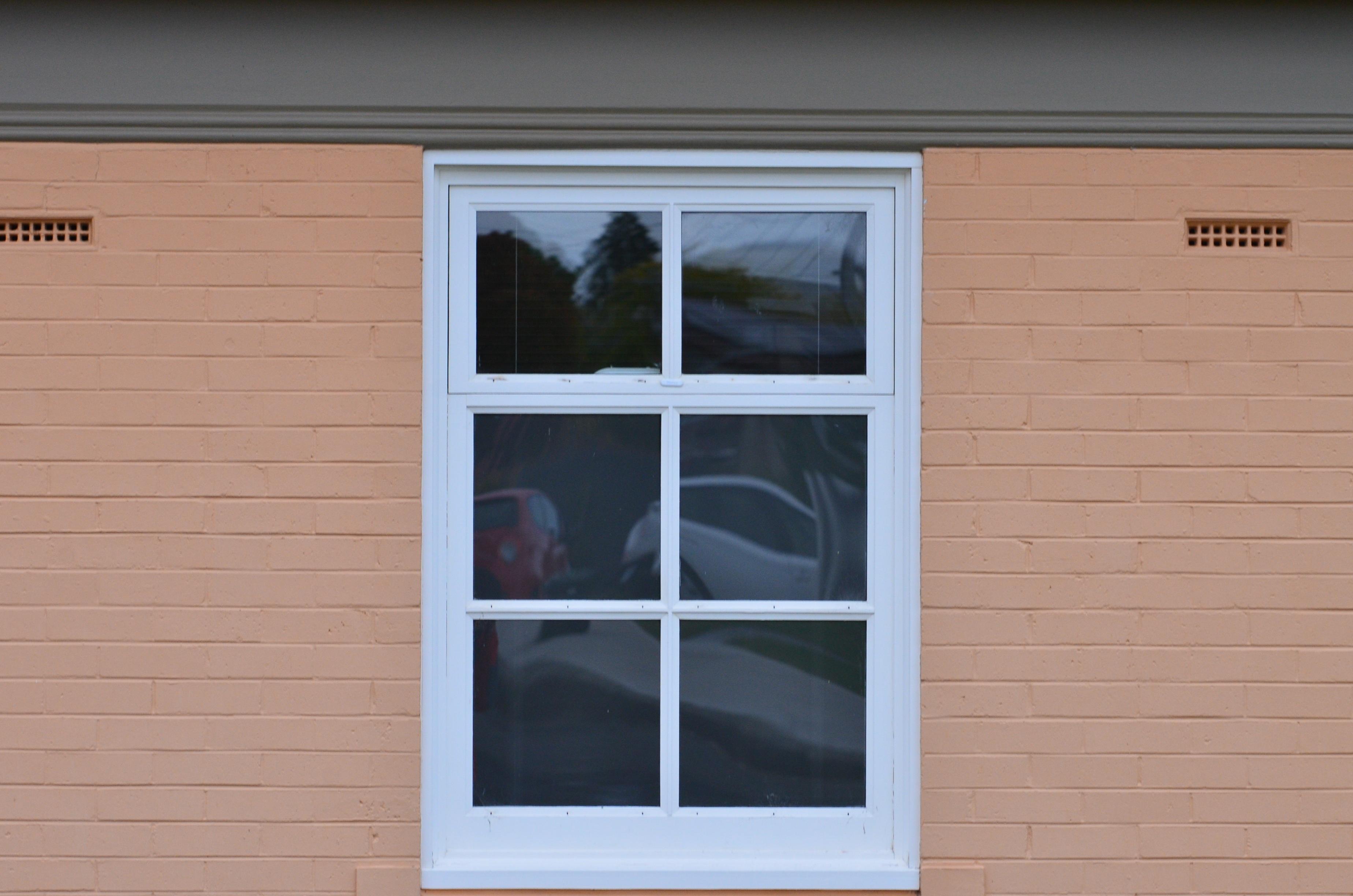 무료 이미지 : 건축물, 목재, 창문, 건물, 늙은, 빨간, 색깔, 정면 ...