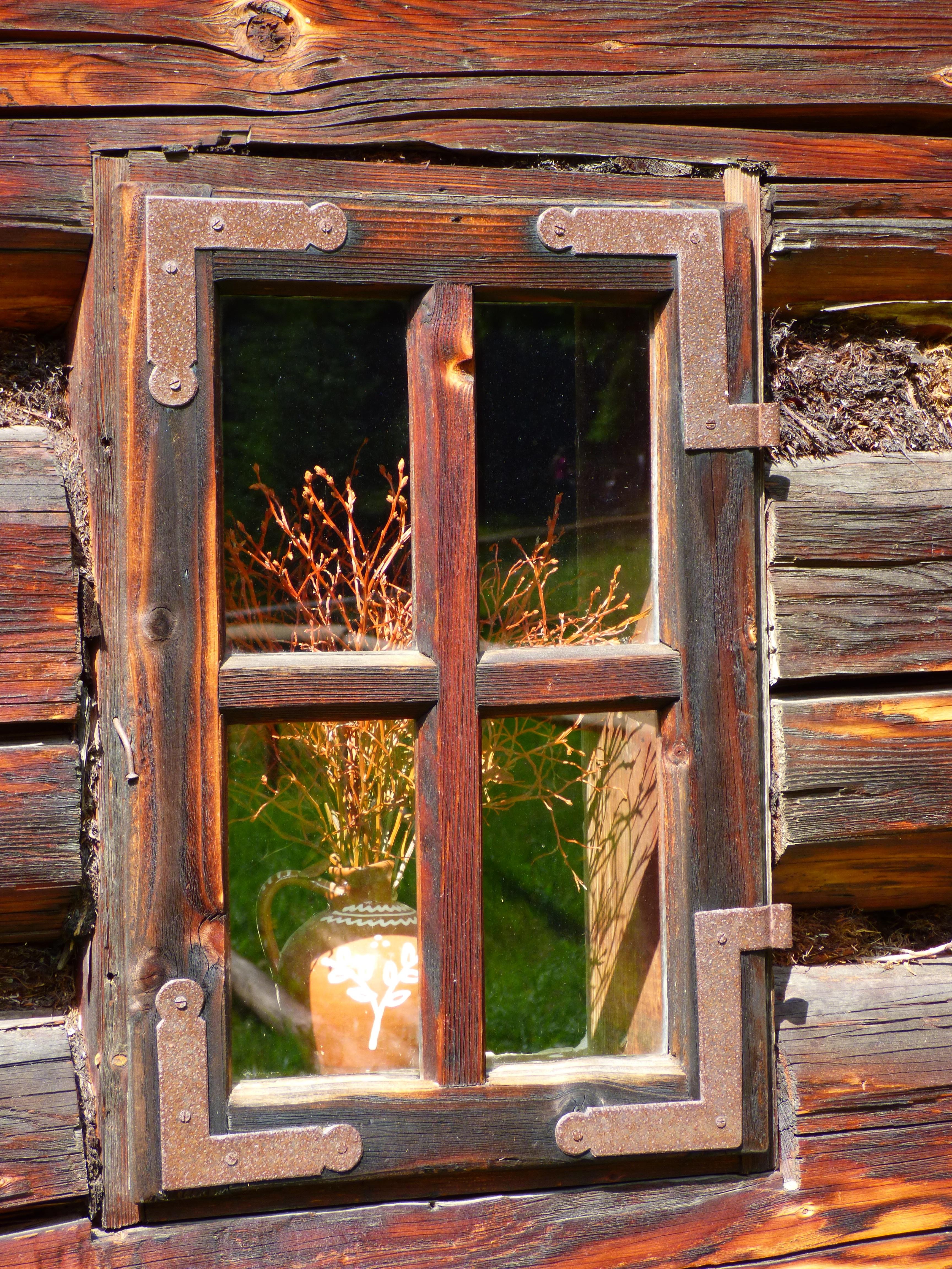 Fotos gratis : arquitectura, ventana, antiguo, rural, puerta, casa ...
