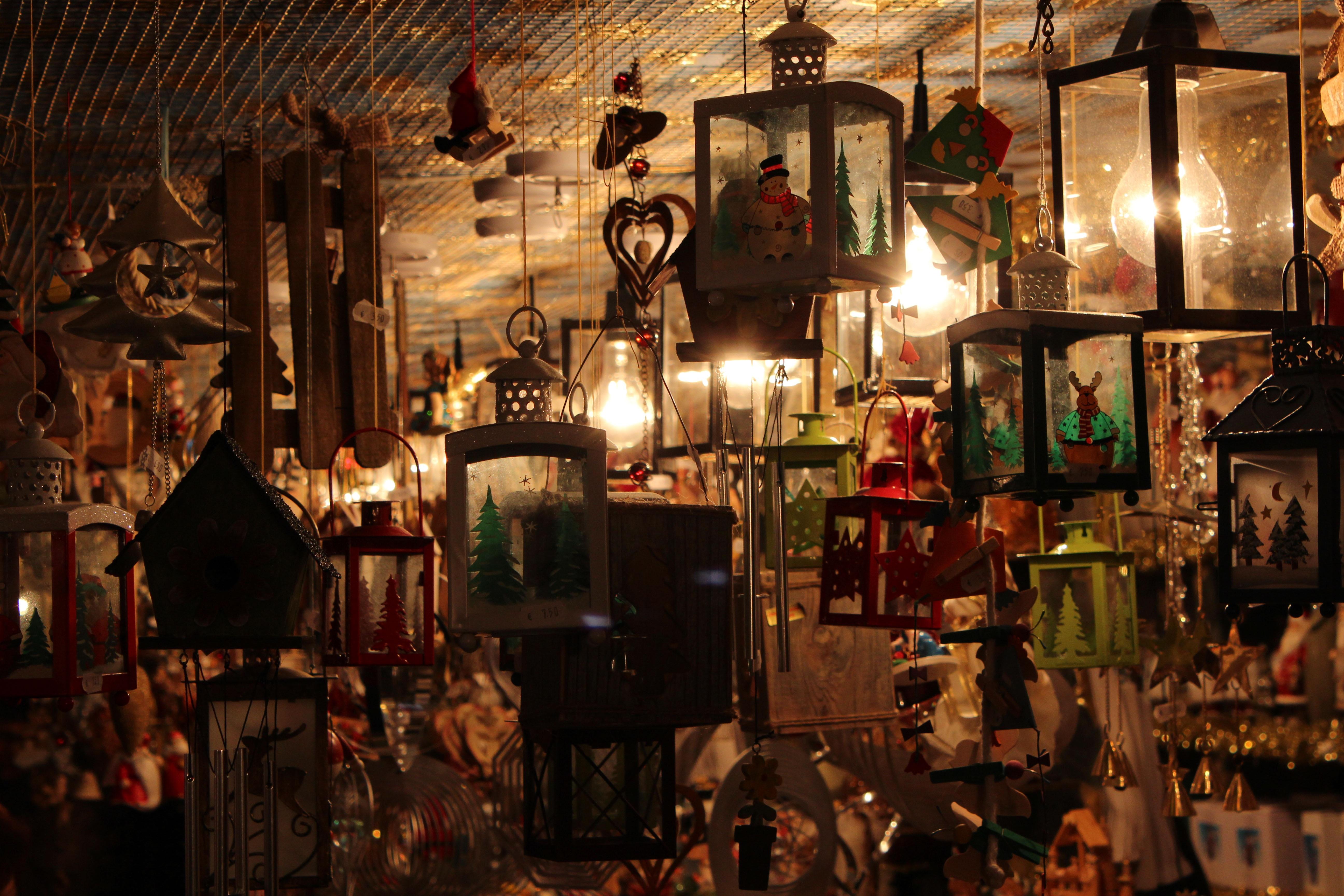 Fotos gratis atm sfera bazar iluminaci n decoraci n for Bazar decoracion