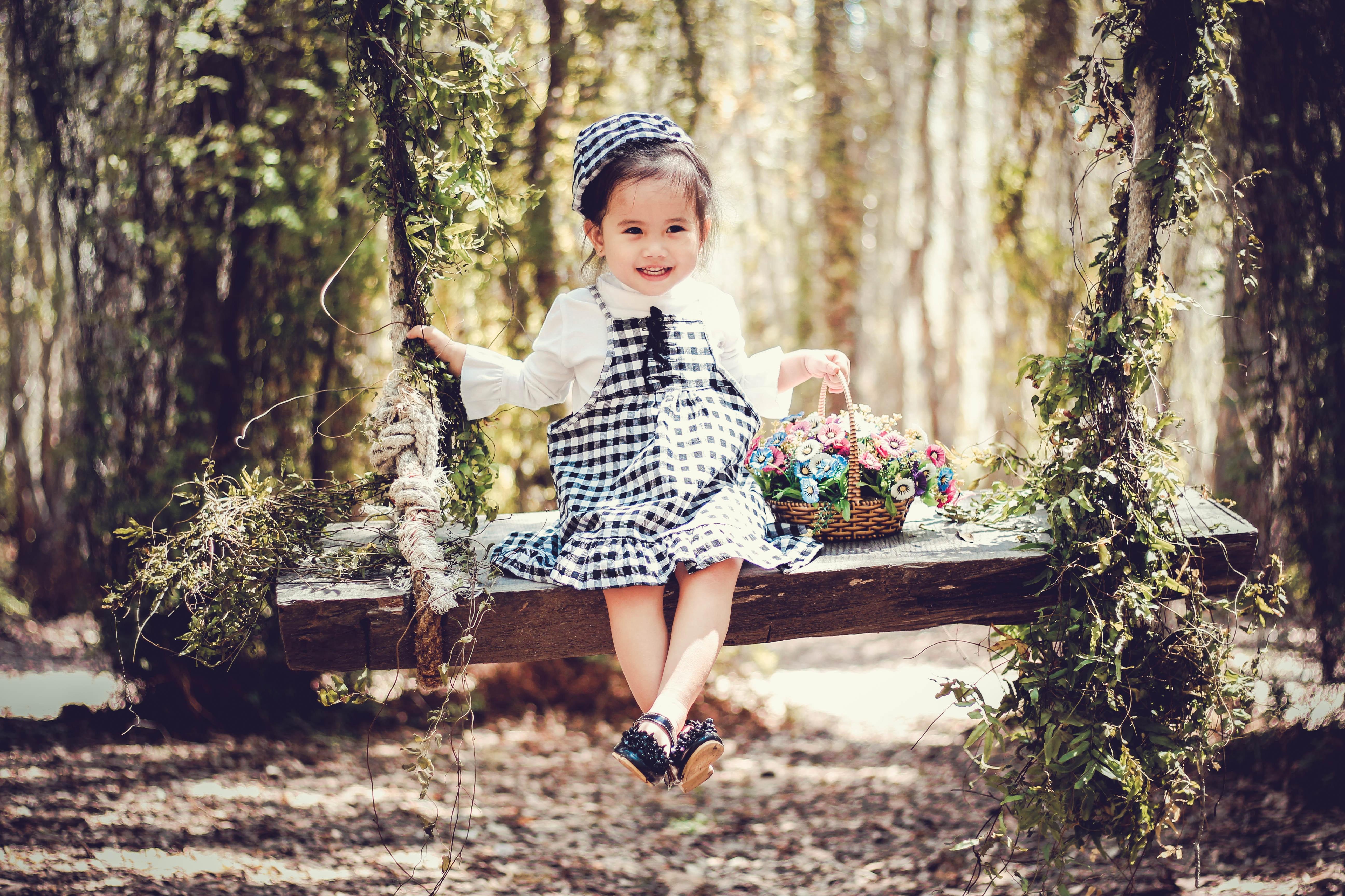 Baby Spring Schommel.Gratis Afbeeldingen Baby Mand Mooi Schattig Dag Bloemen