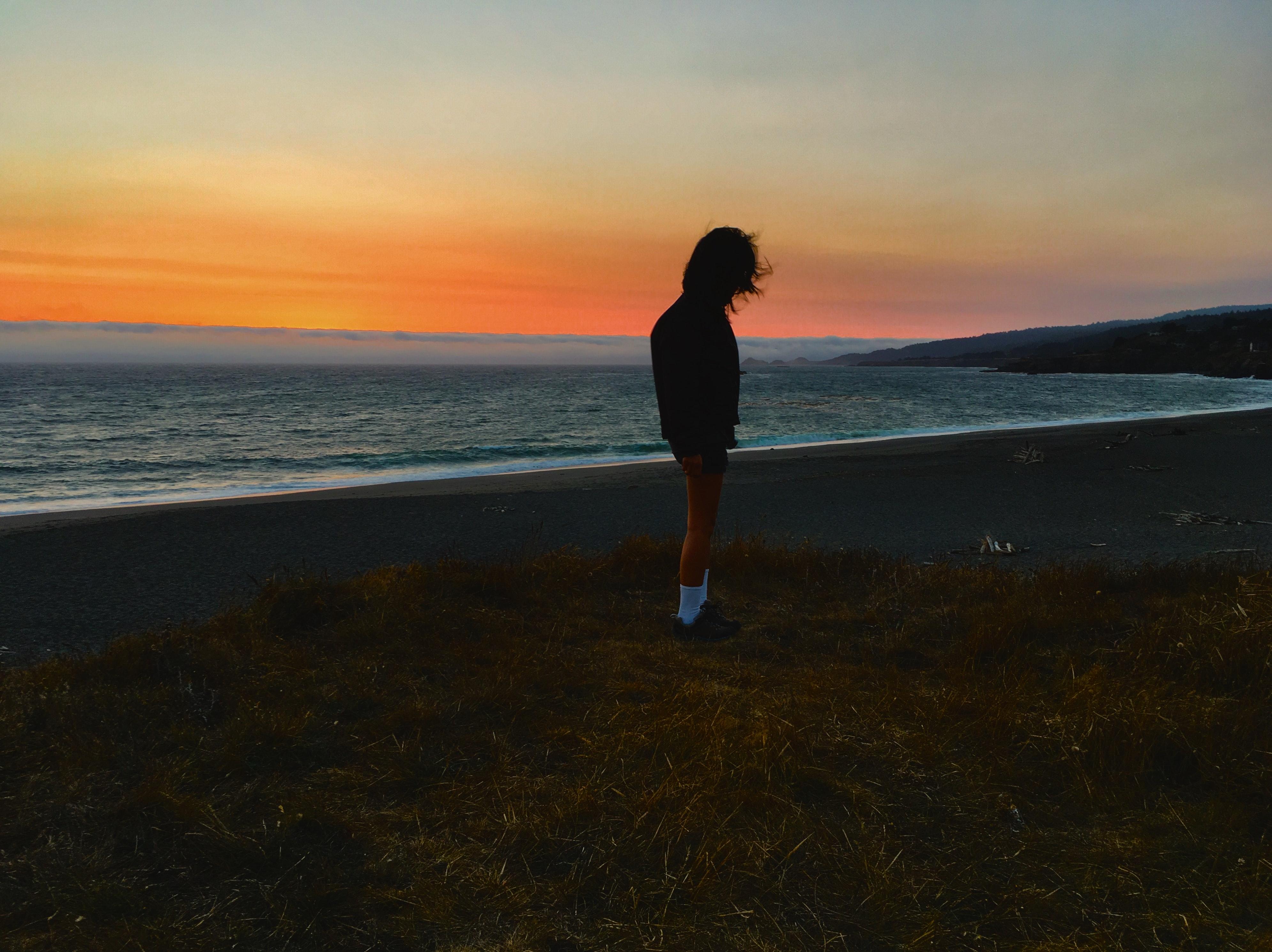 41+ gambar pemandangan pantai waktu senja Terbaik
