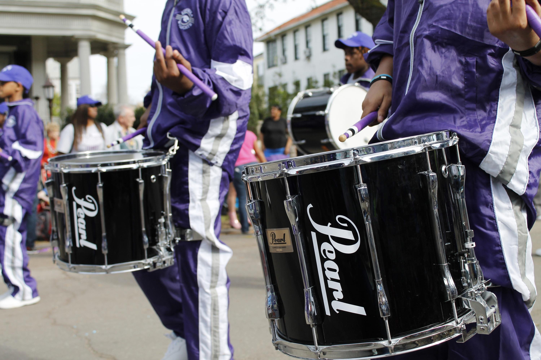 free images carnival musician musical instrument marching band festival drums drummer. Black Bedroom Furniture Sets. Home Design Ideas
