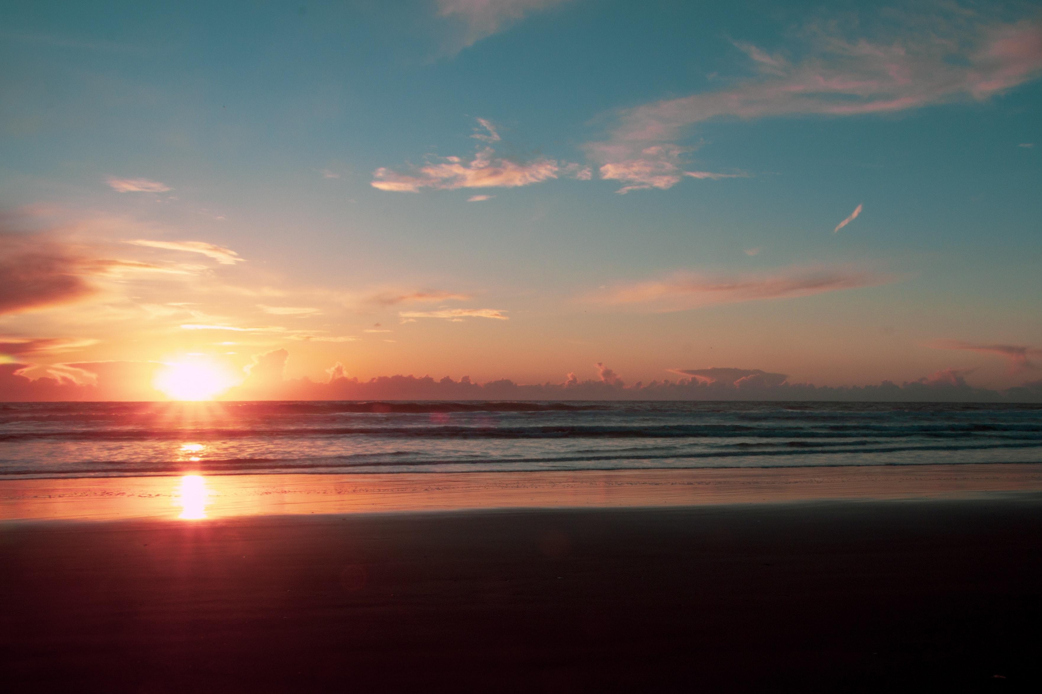 Fondos De Pantalla Verano Playa Mar Nubes Sol