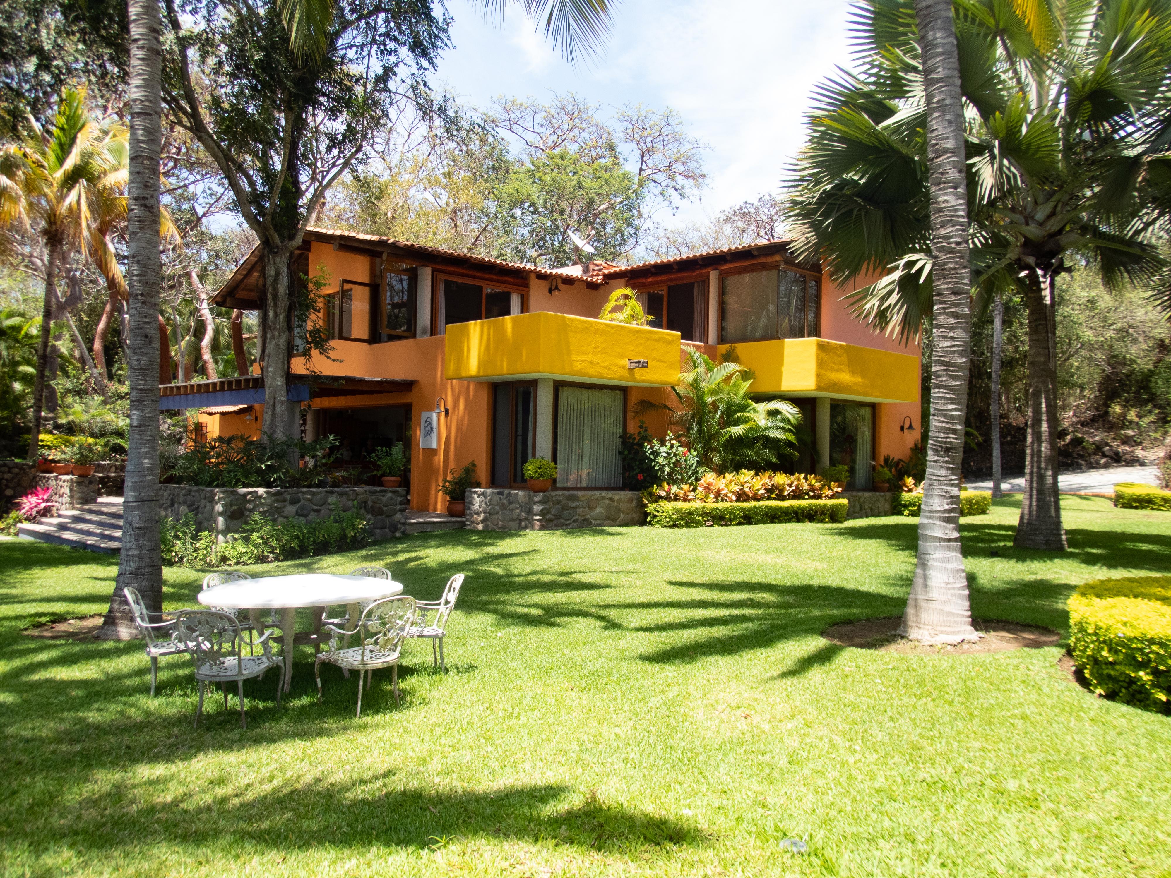 Images Gratuites : maison de plage, jardin, arrière-cour ...