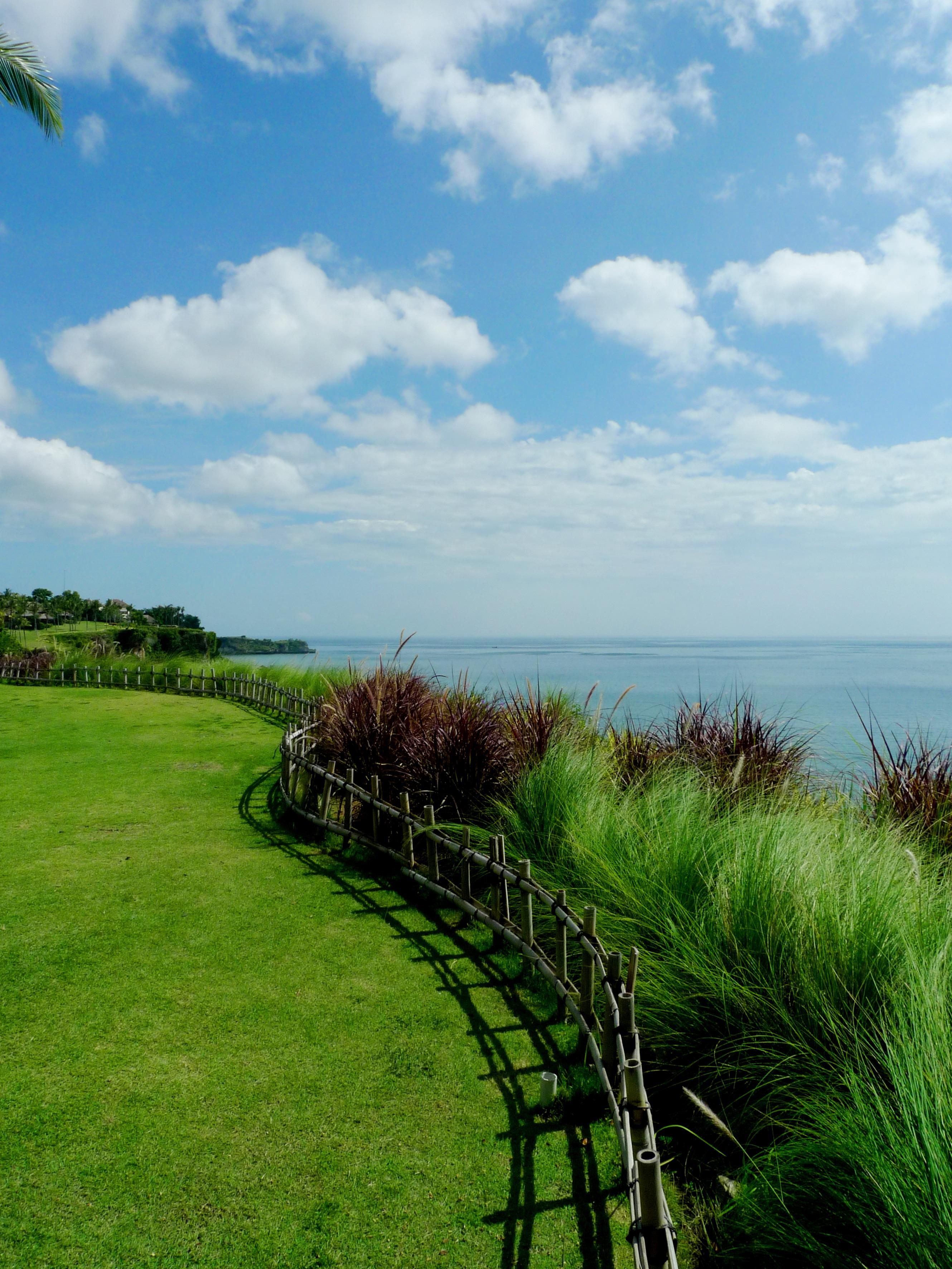 840 Koleksi pemandangan pantai hijau Terbaru