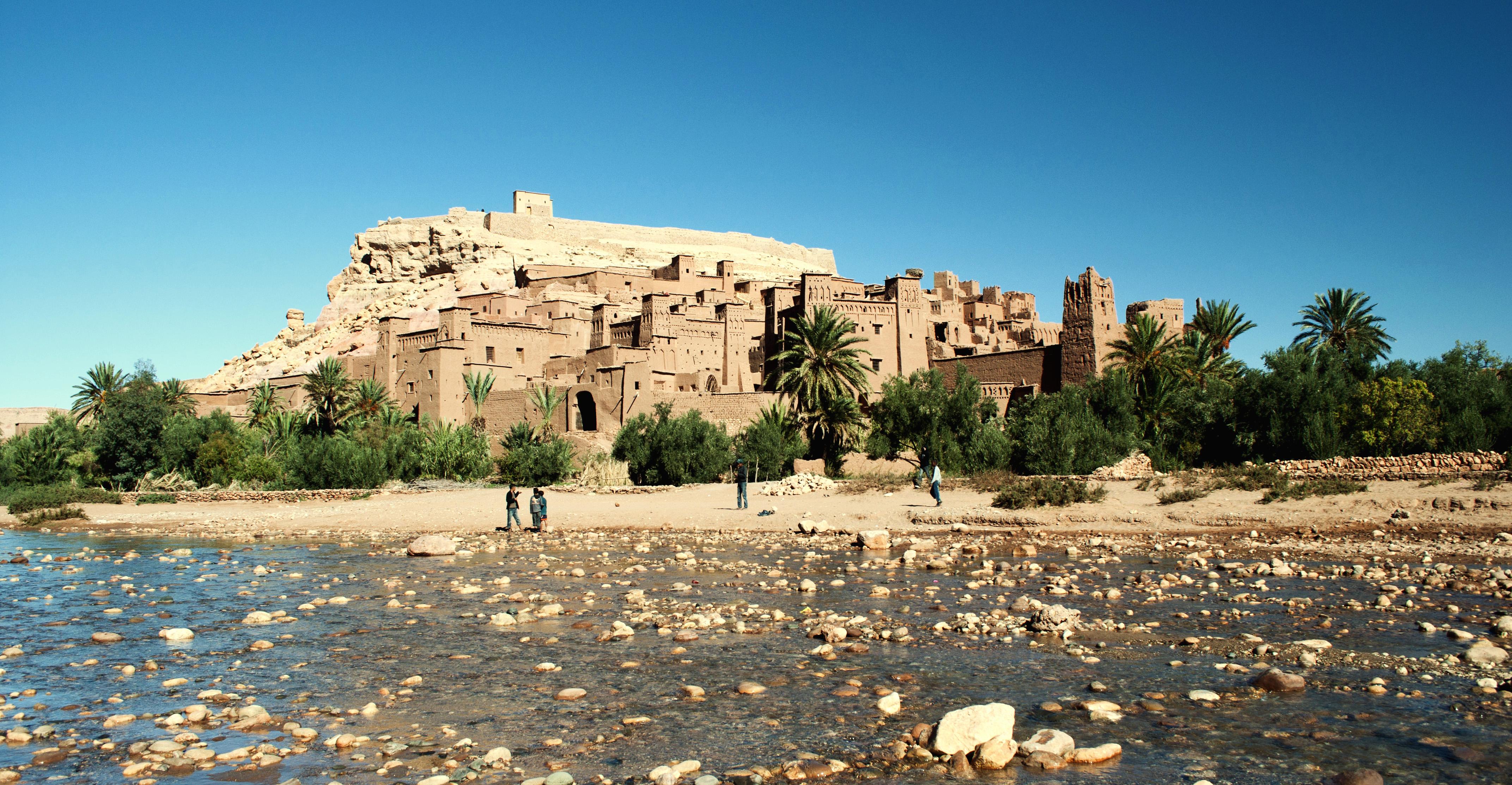 картинки города в пустыне картинка представляет собой