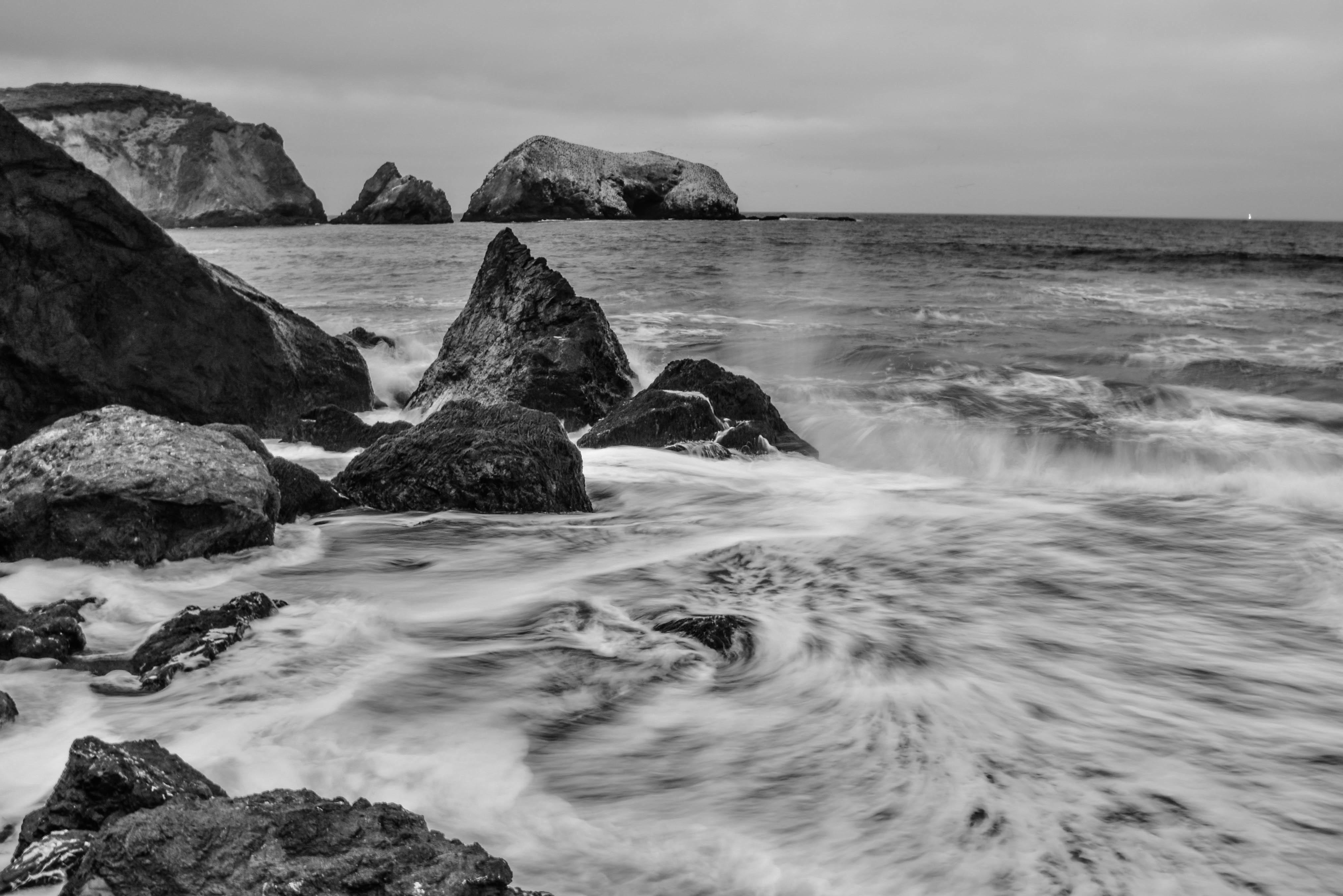6800 Gambar Hitam Putih Pemandangan Pantai HD Terbaru