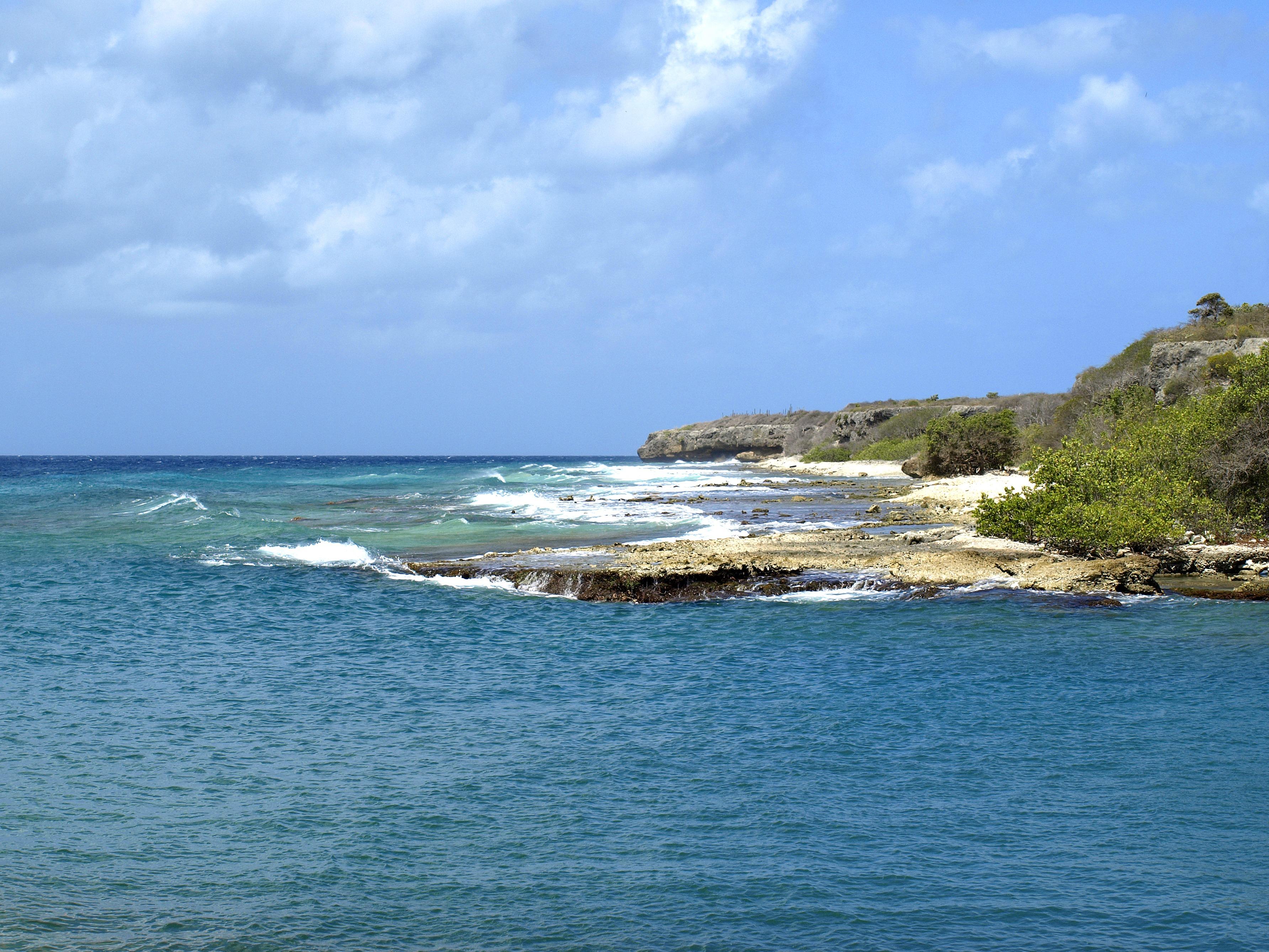 hình ảnh : bờ biển, phong cảnh, Bờ biển, Nước, thiên nhiên, đại dương,  Đường chân trời, Bầu trời, làn sóng, kỳ nghỉ, du lịch, Vách đá, lướt sóng,  Cove, ...