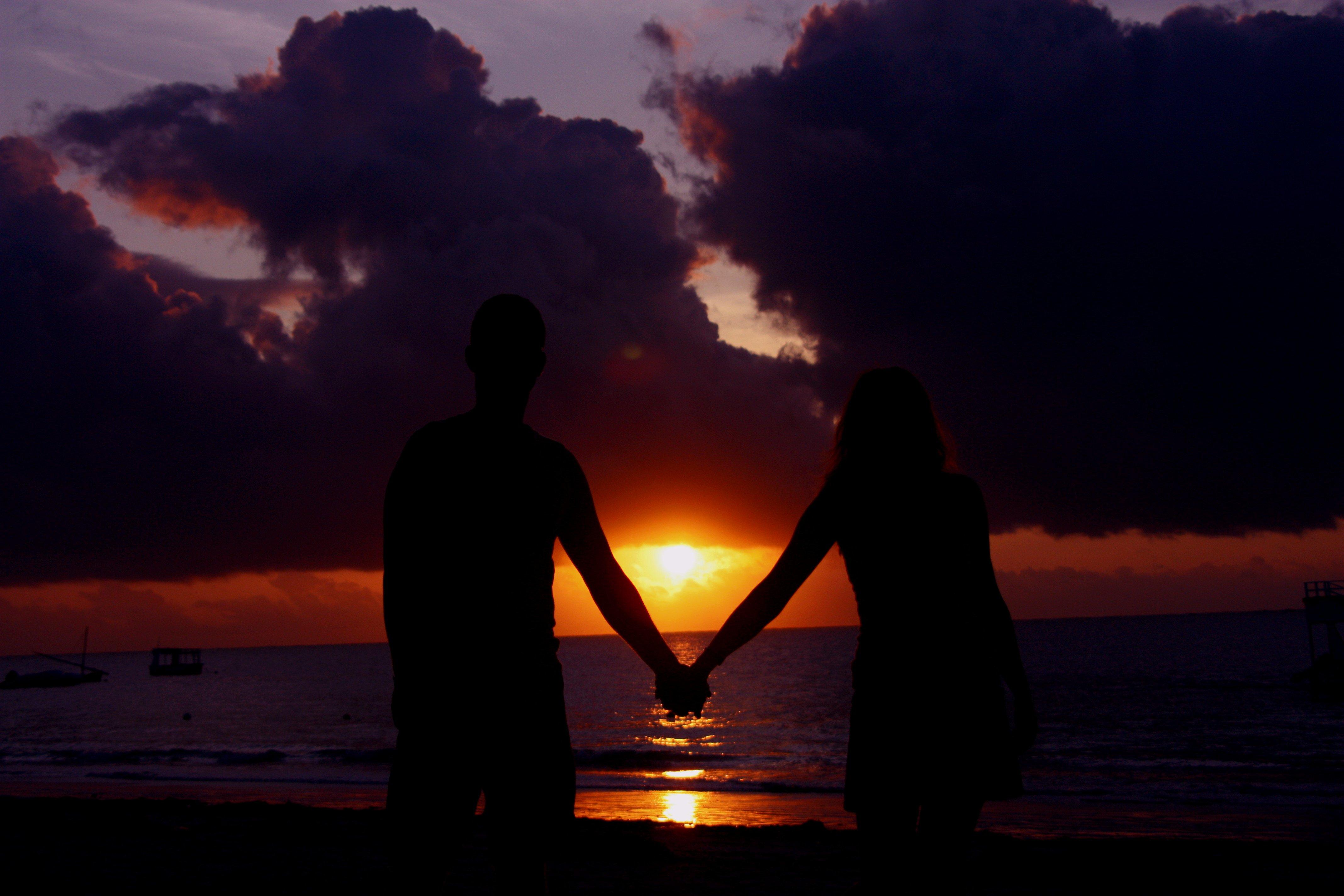 ученые выяснили, красивые картинки с парами при закате кийин крикет