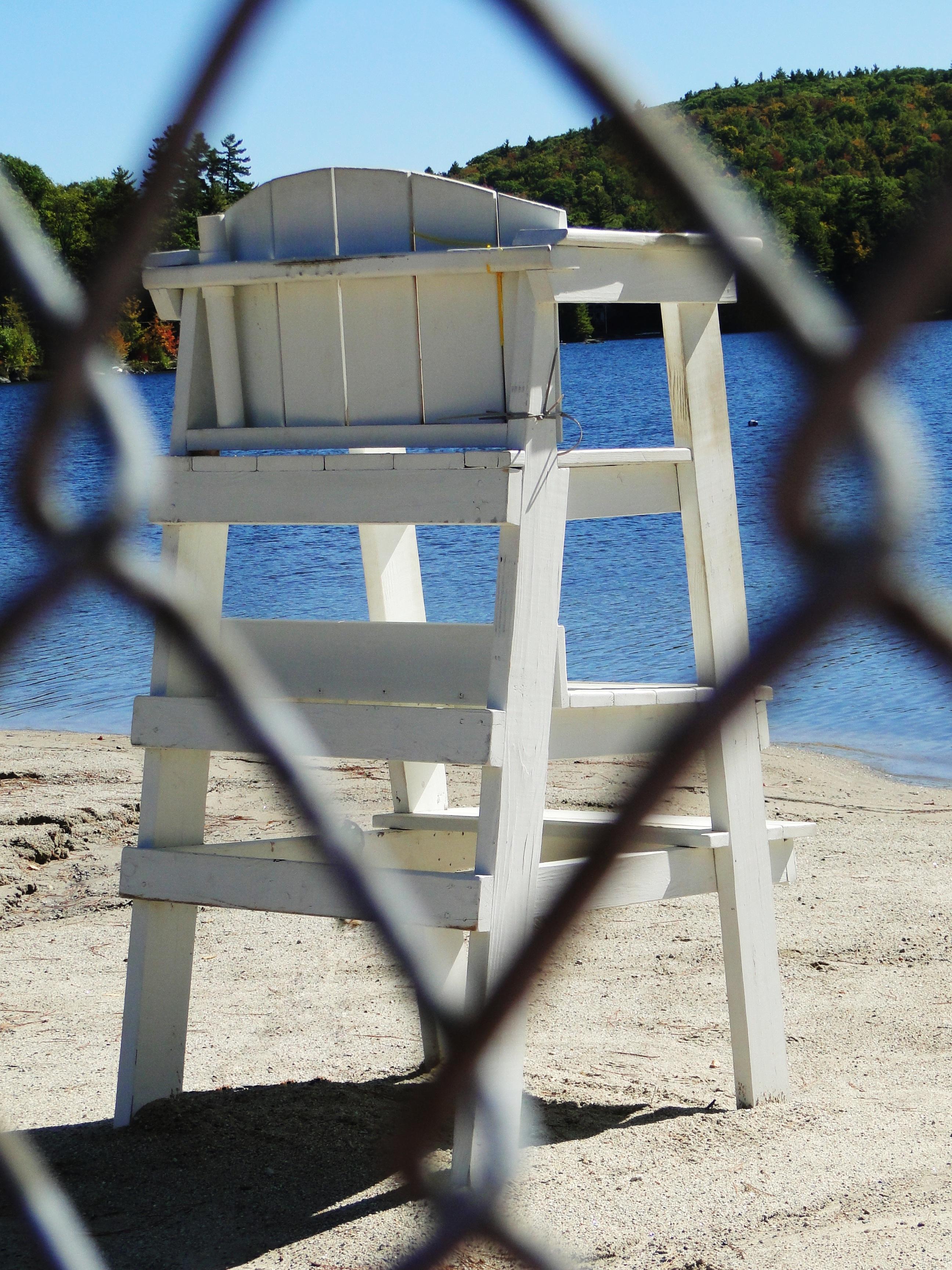 Fotos gratis : playa, arena, blanco, rueda, silla, lago, Salvavidas ...