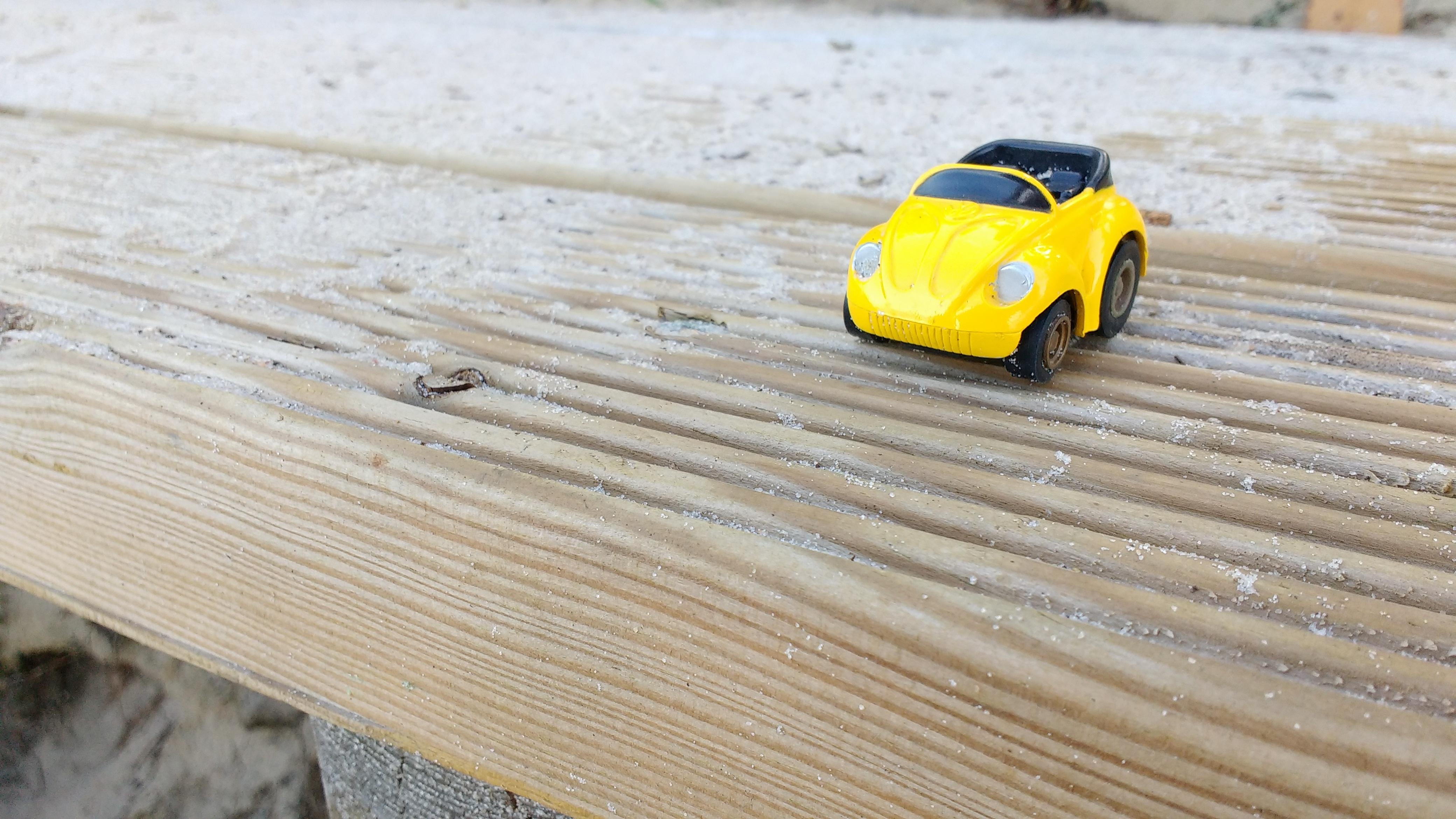 Fotoğraf Plaj Kum Kanat Araba Zemin Sarı Oyuncak Minyatür