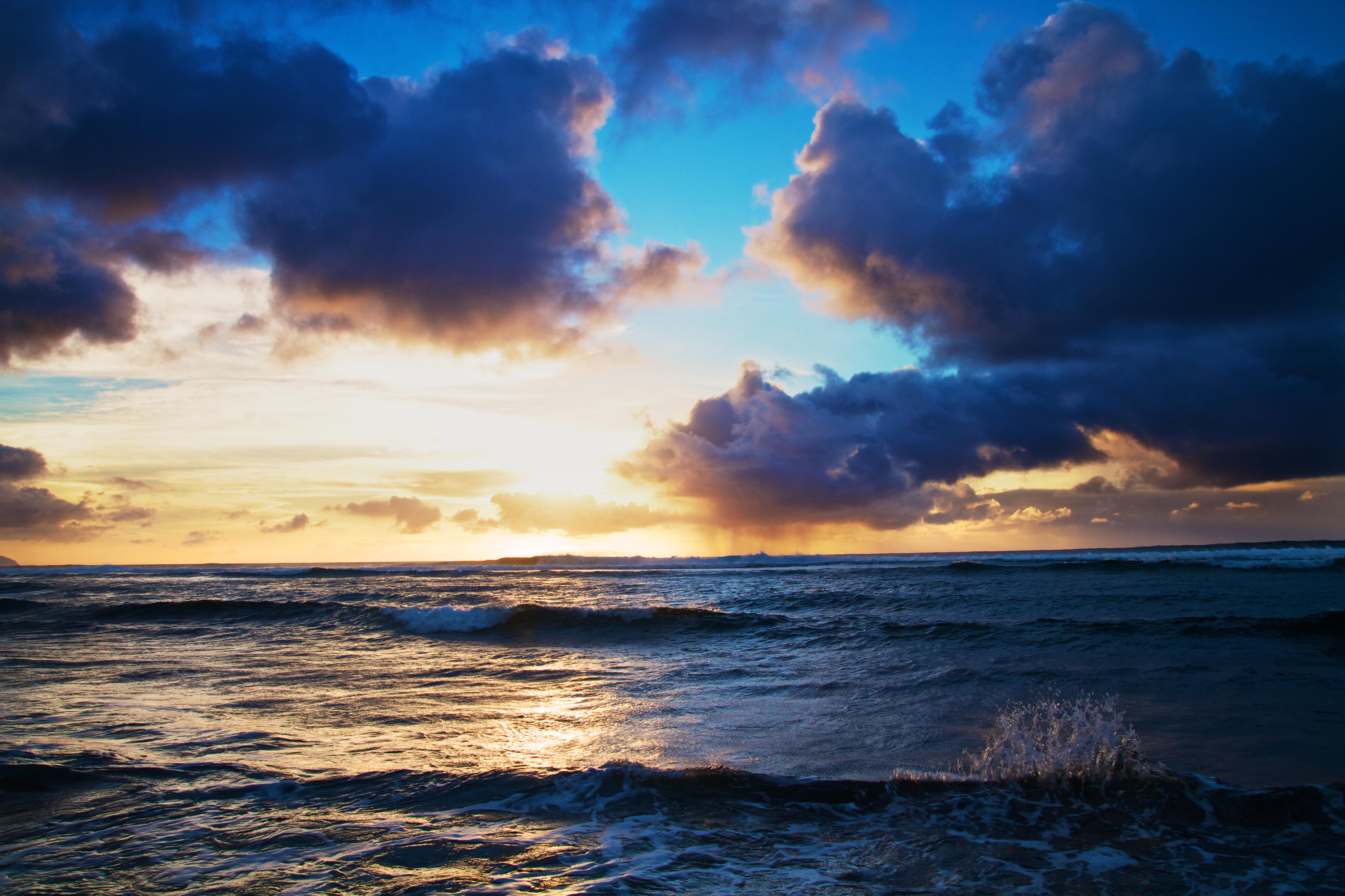 Небо и море фото высокого качества