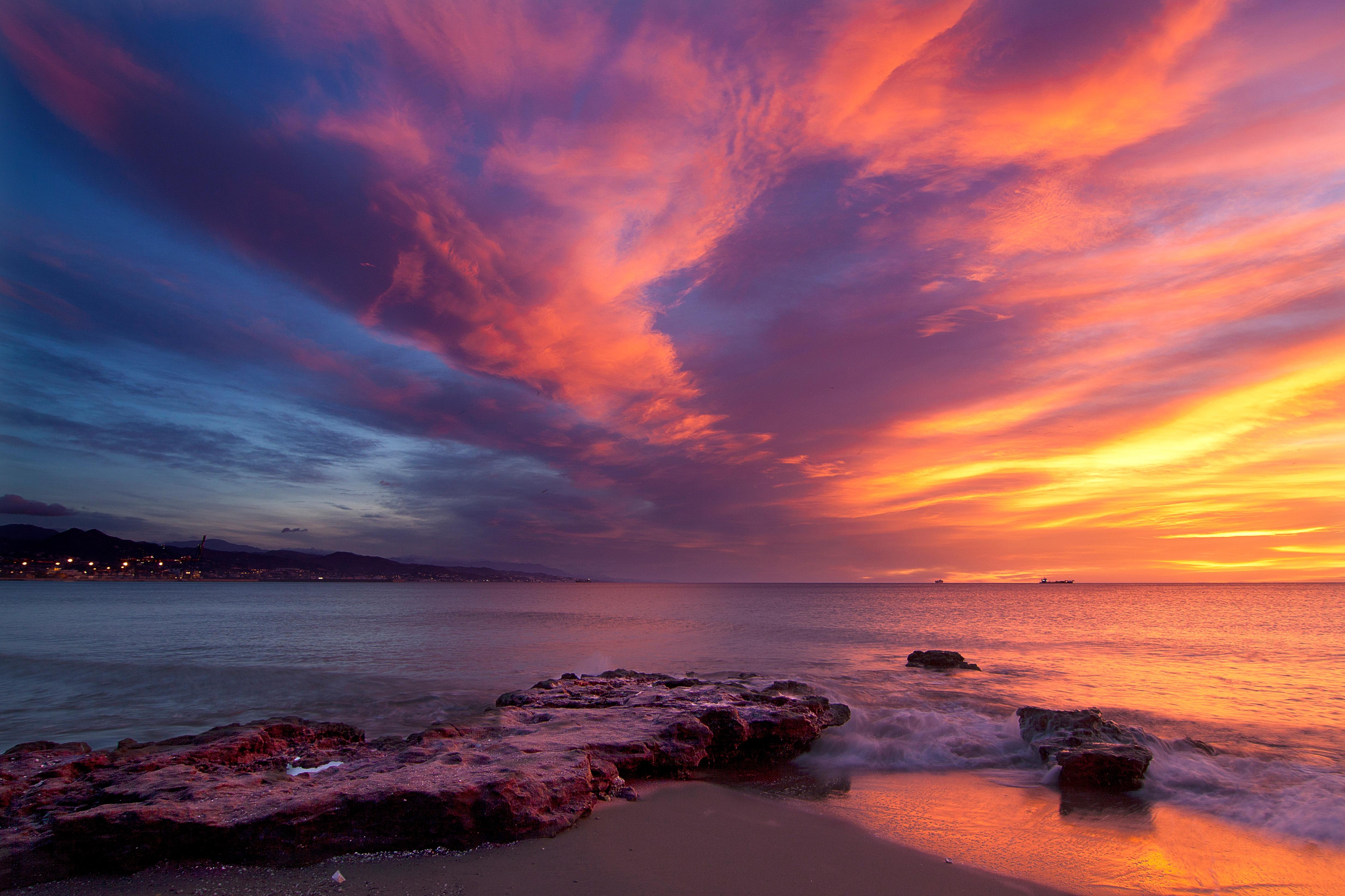 каждой картинки закат на берегу моря гонщик доминирующая фигура