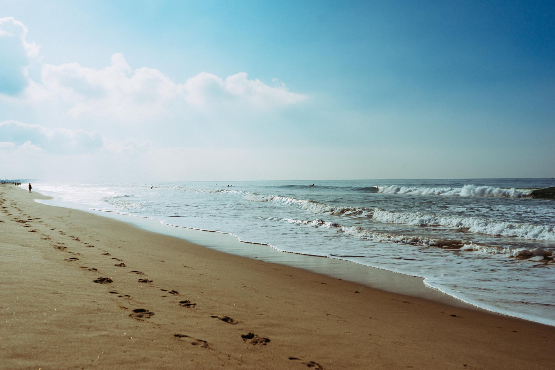 Beach Sea Coast Sand Ocean Horizon Cloud S Wave Footprint Steps Bay Body Of Water Salt