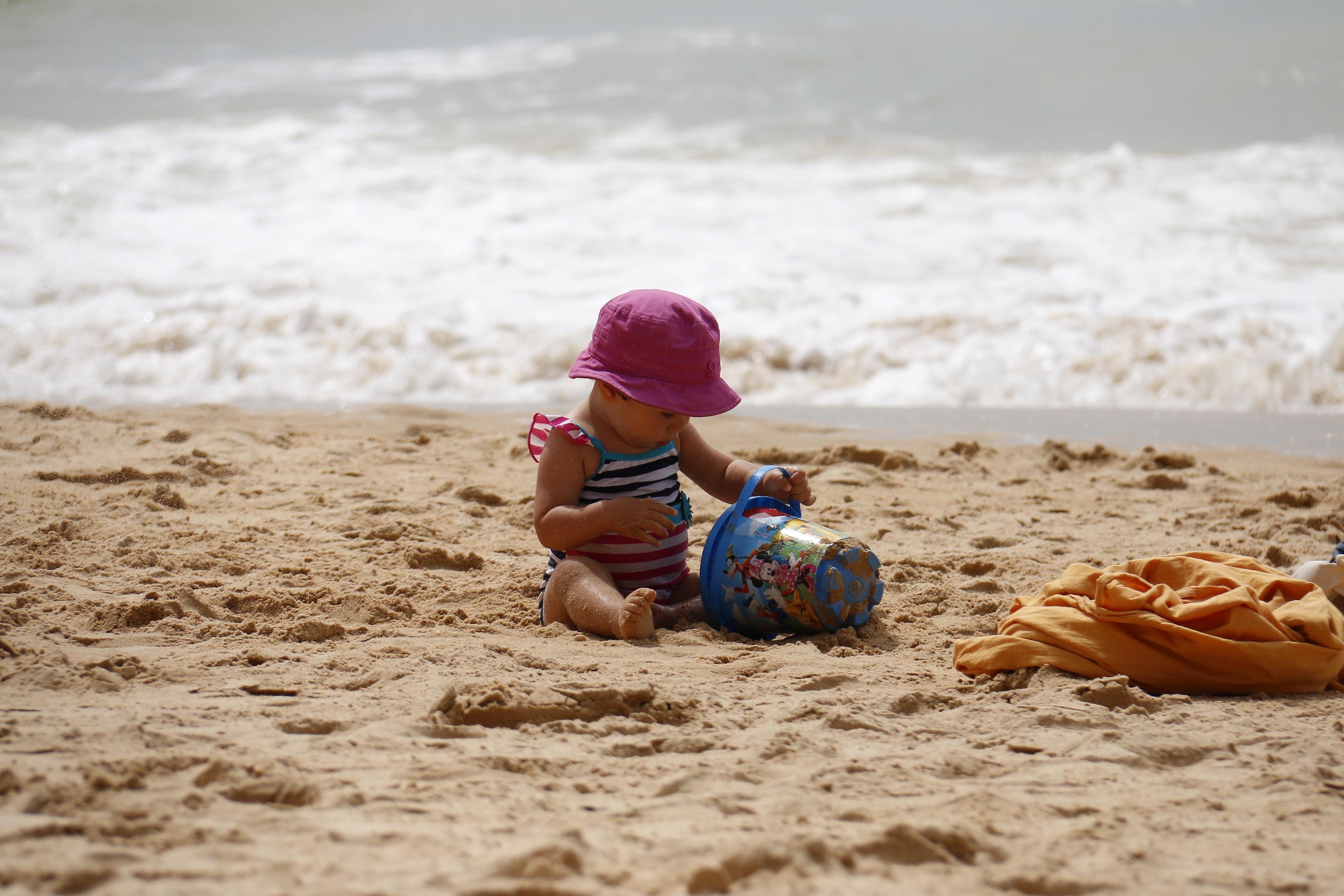 free images beach sea coast ocean play shore wave. Black Bedroom Furniture Sets. Home Design Ideas