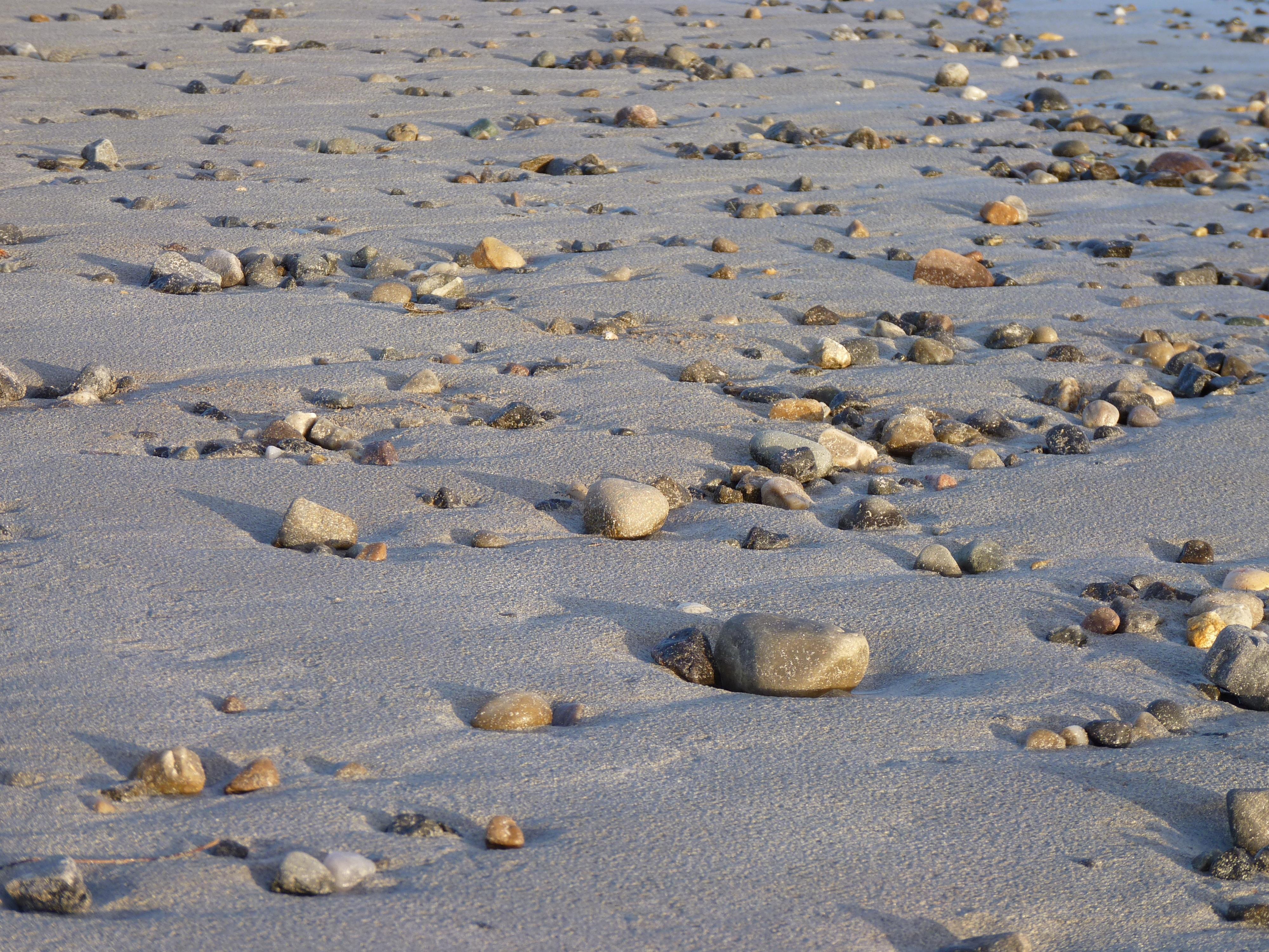 Gratis afbeeldingen strand zee kust zand rots zon zonlicht
